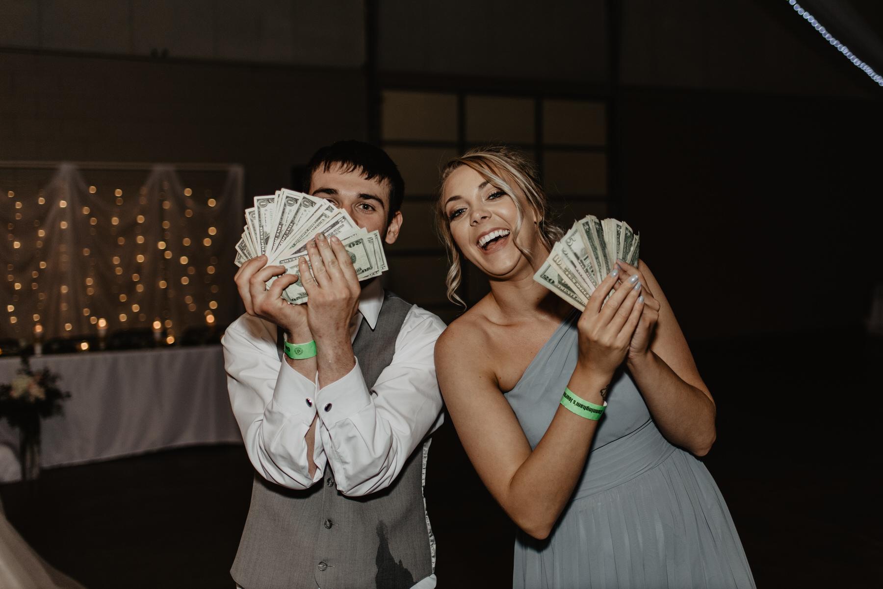 Kaylie-Sirek-Photography-Kearney-Nebraska-Wedding-001.jpg