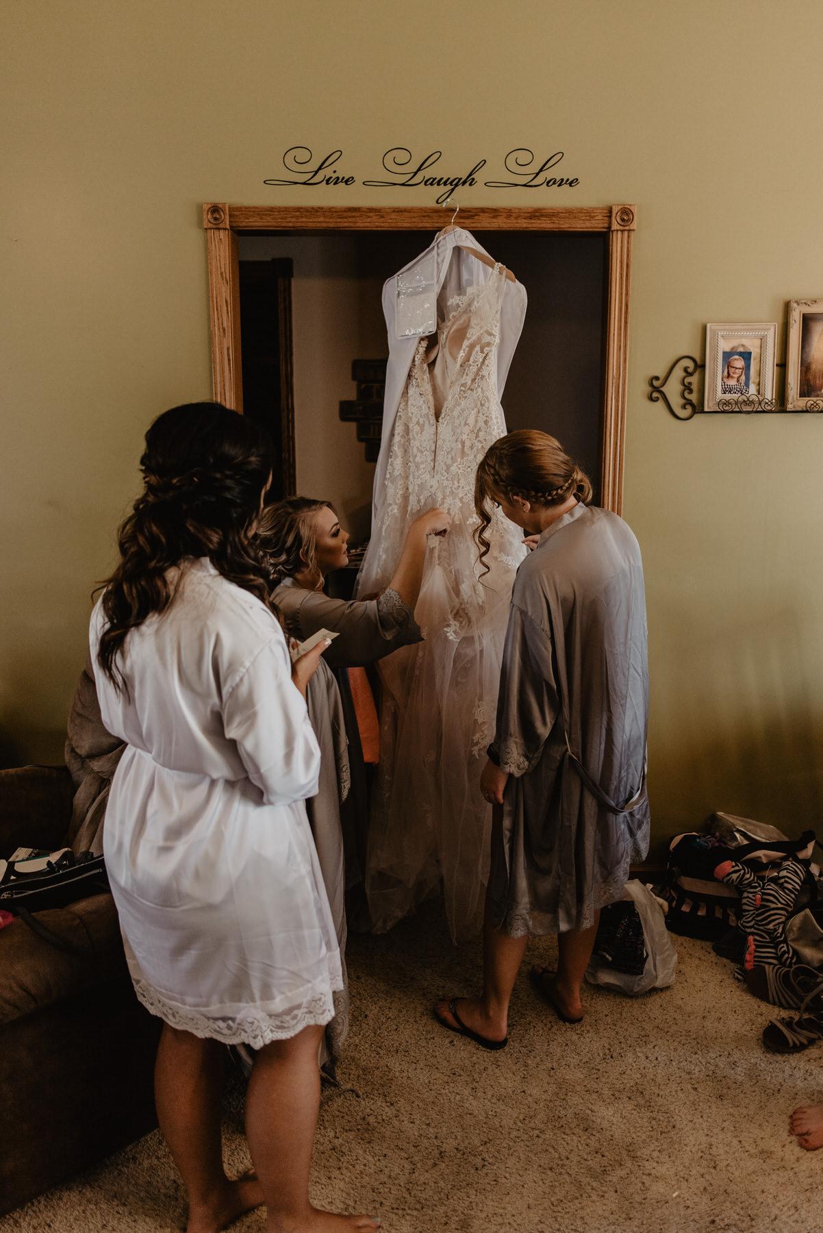 Kaylie-Sirek-Photography-Kearney-Nebraska-Wedding-013.jpg