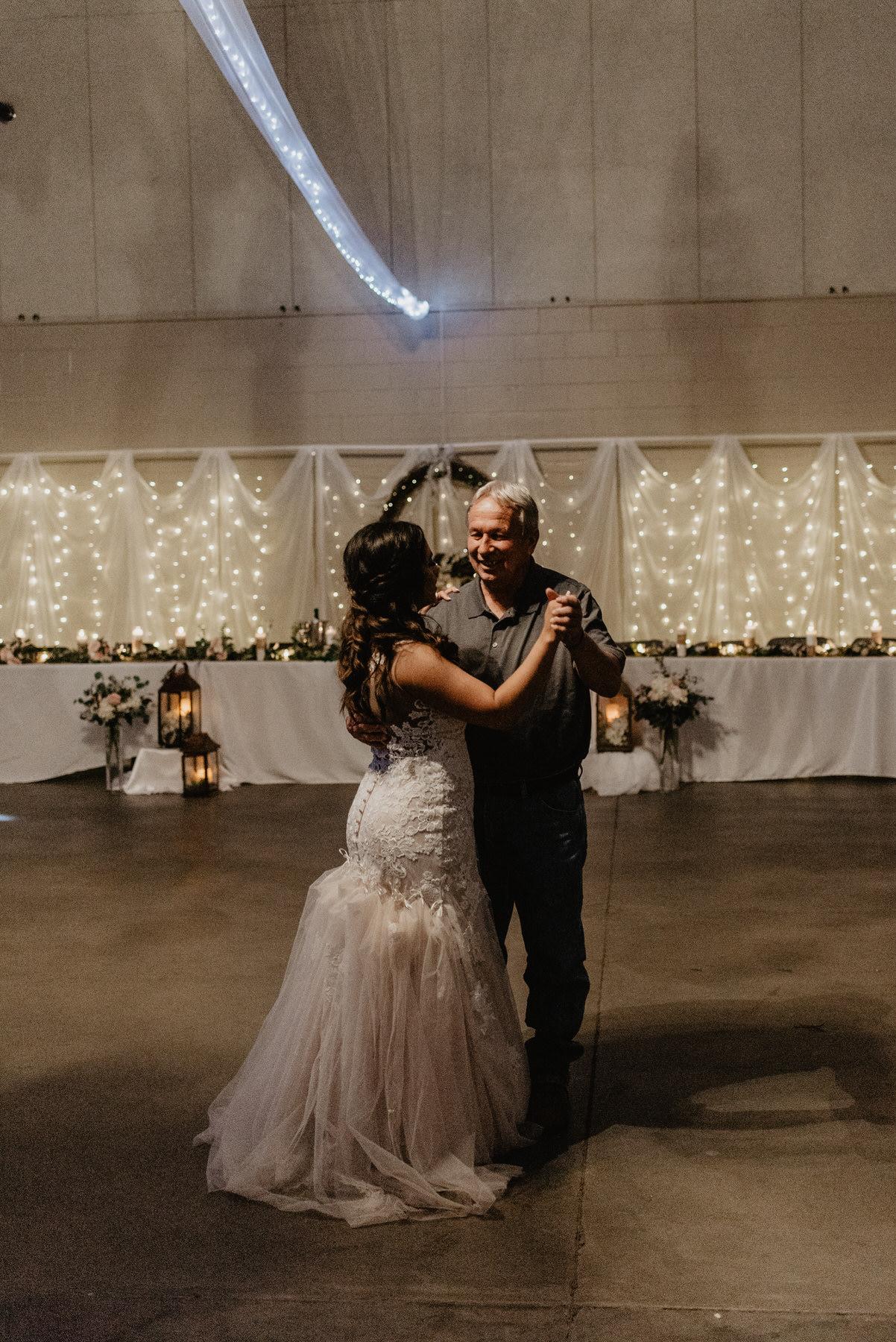 Kaylie-Sirek-Photography-Kearney-Nebraska-Wedding-115.jpg