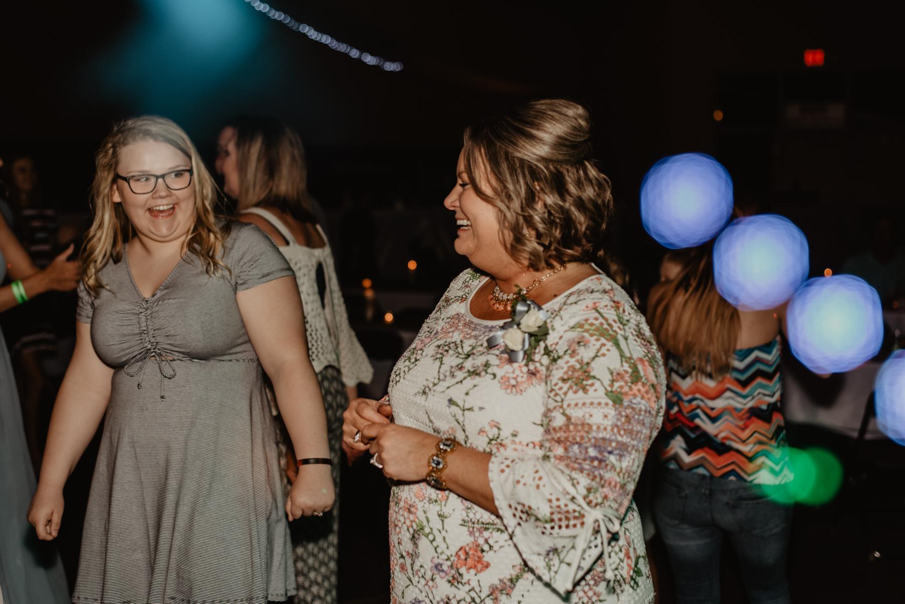 Kaylie-Sirek-Photography-Kearney-Nebraska-Wedding-122.jpg