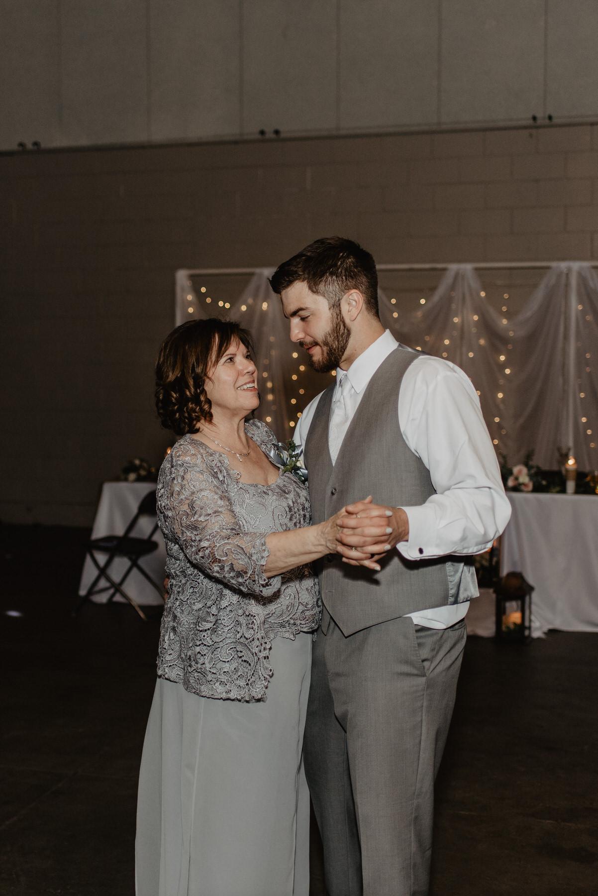 Kaylie-Sirek-Photography-Kearney-Nebraska-Wedding-128.jpg