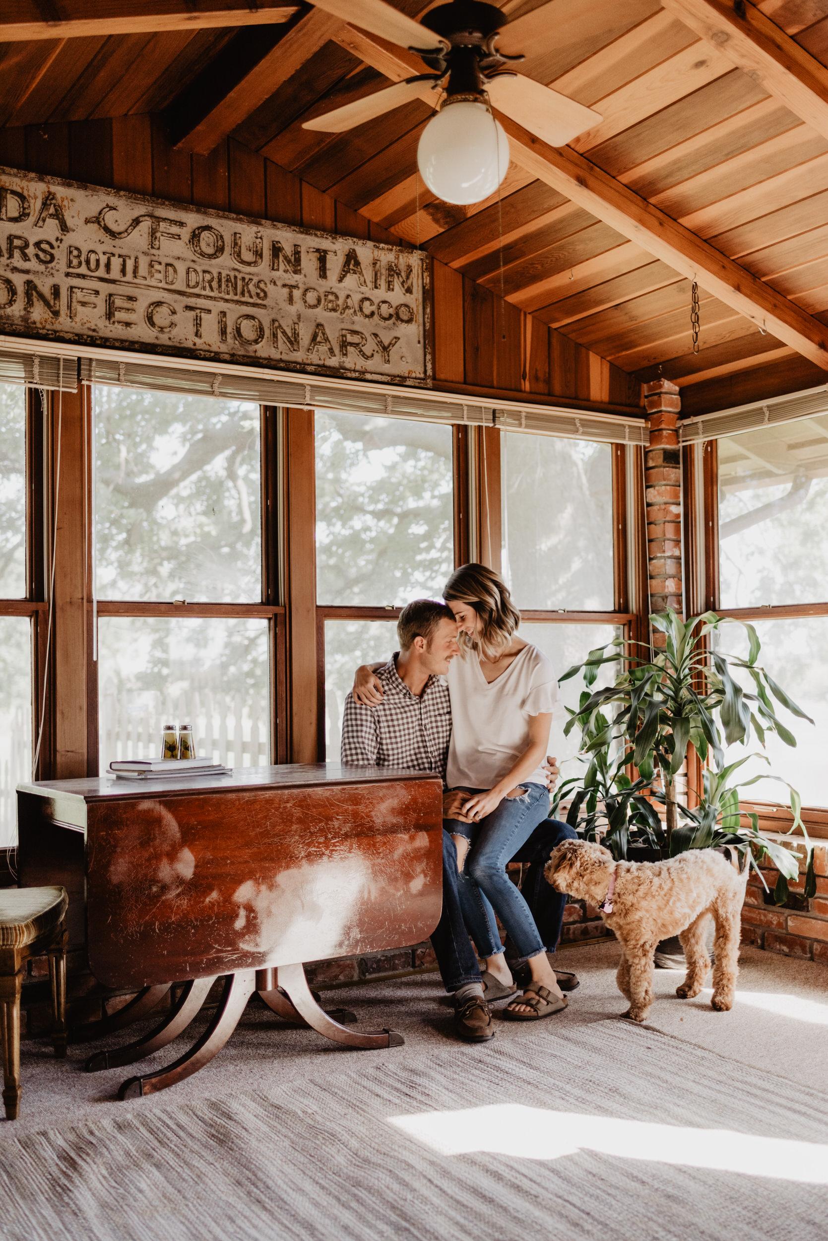 In-Home-Session-Kaylie-Sirek-Photography-Nebraska-14.jpg