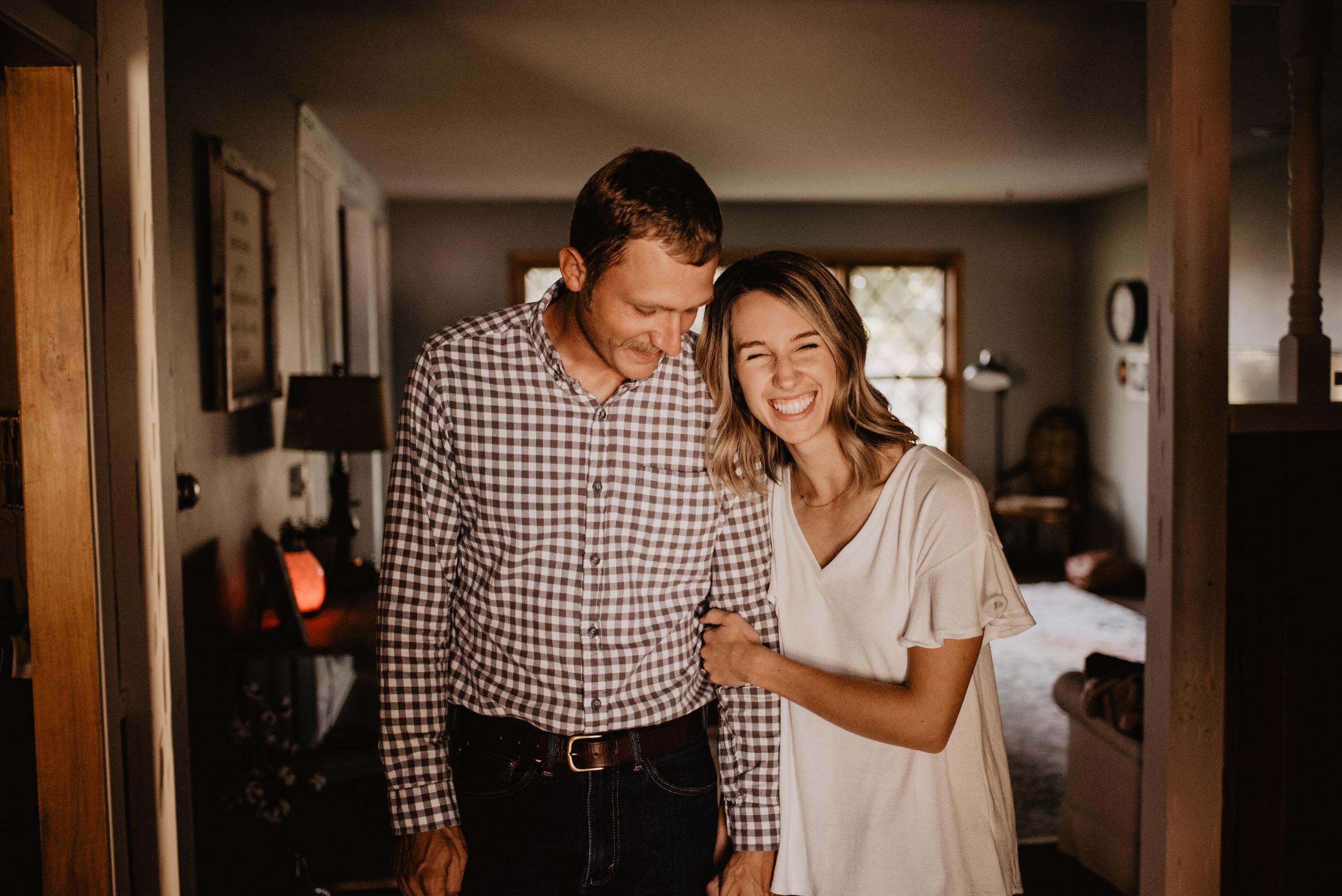 In-Home-Session-Kaylie-Sirek-Photography-Nebraska-23.jpg