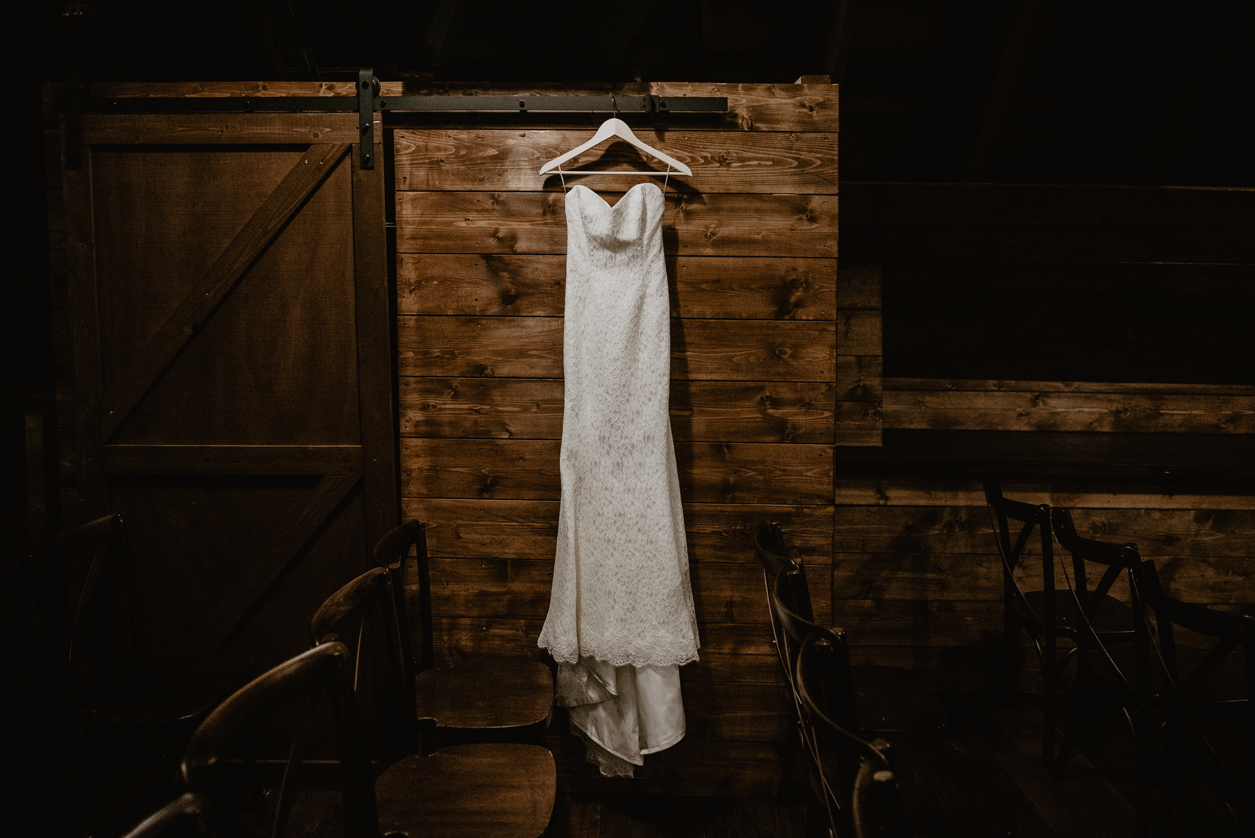 The Barn at the Ackerhurst Dairy Farm Omaha Nebraska Wedding Kaylie Sirek Photography004.jpg