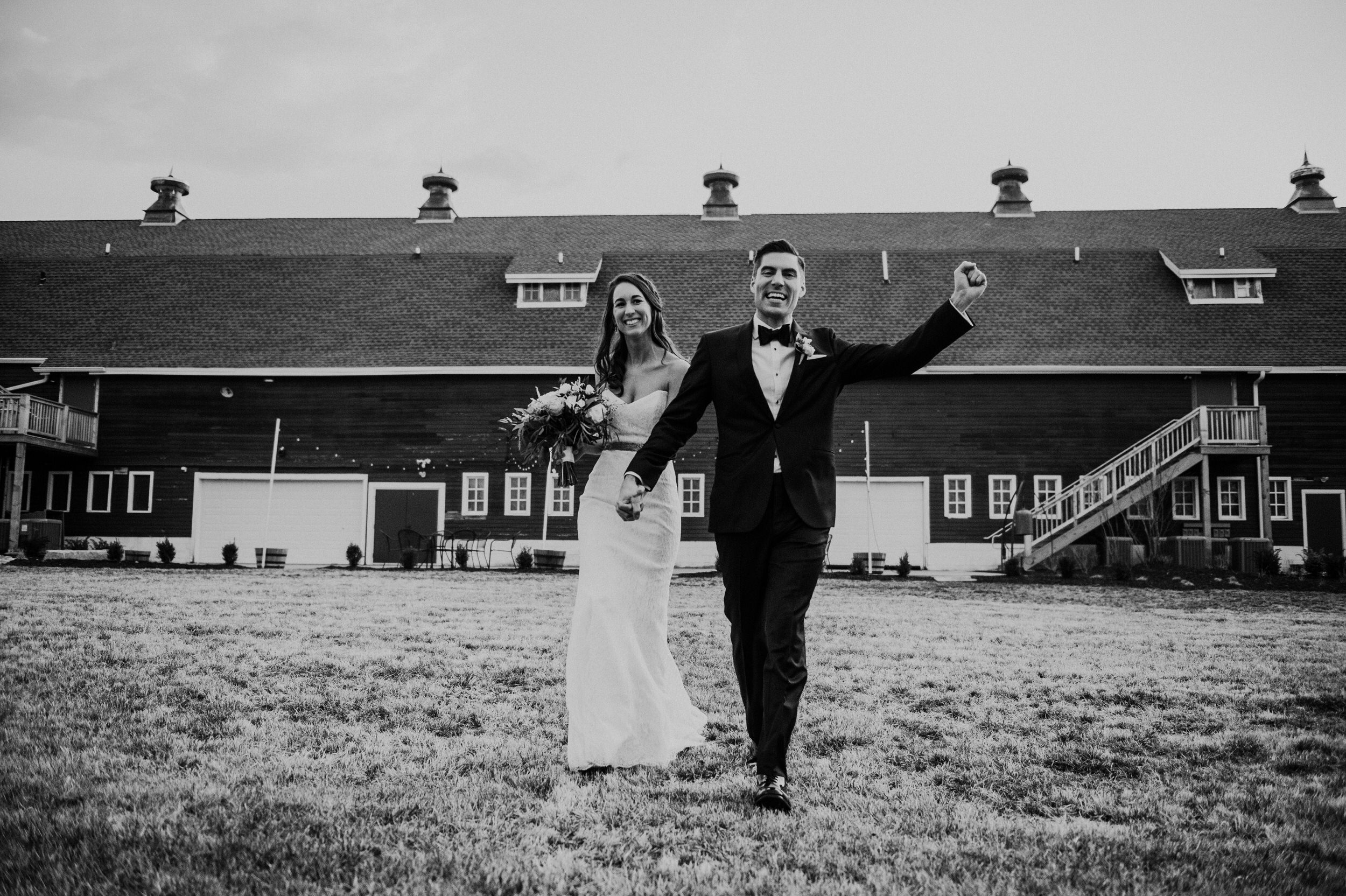 The Barn at the Ackerhurst Dairy Farm Omaha Nebraska Wedding Kaylie Sirek Photography087.jpg