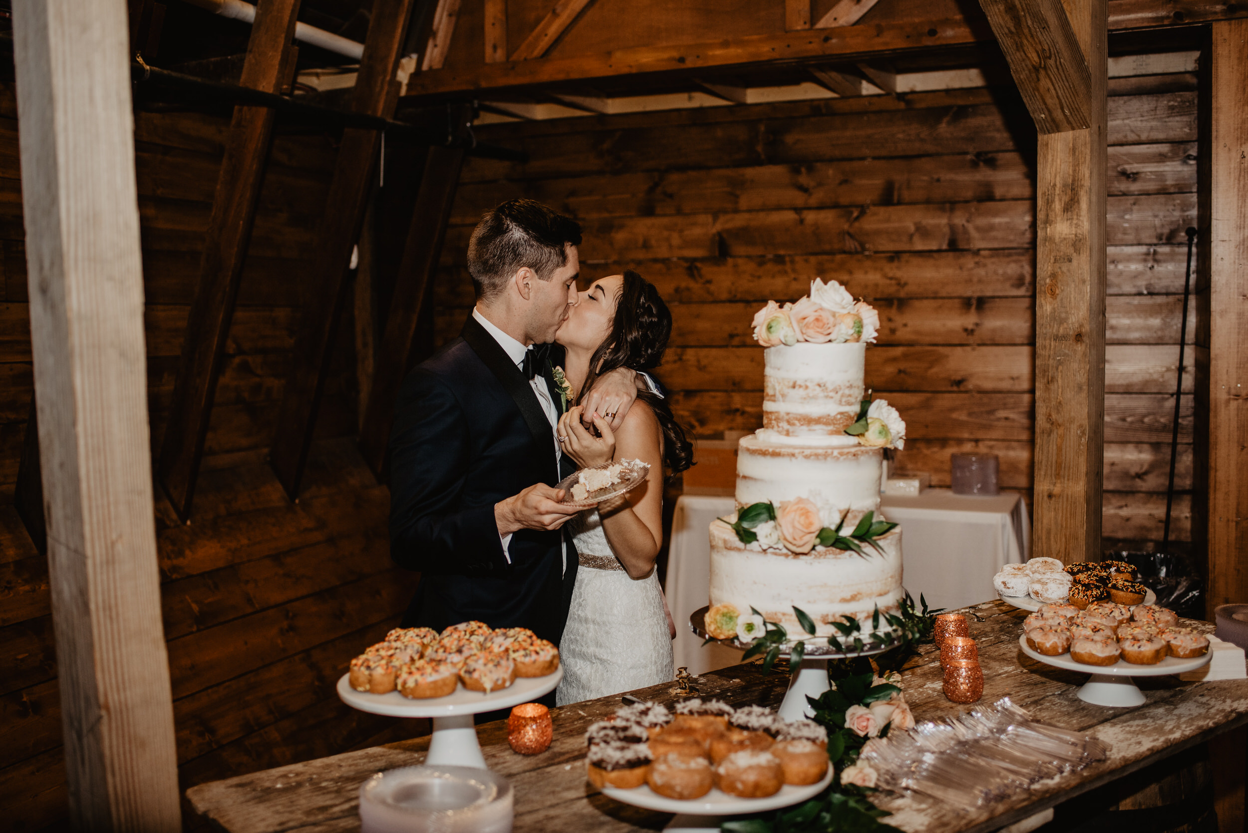The Barn at the Ackerhurst Dairy Farm Omaha Nebraska Wedding Kaylie Sirek Photography116.jpg