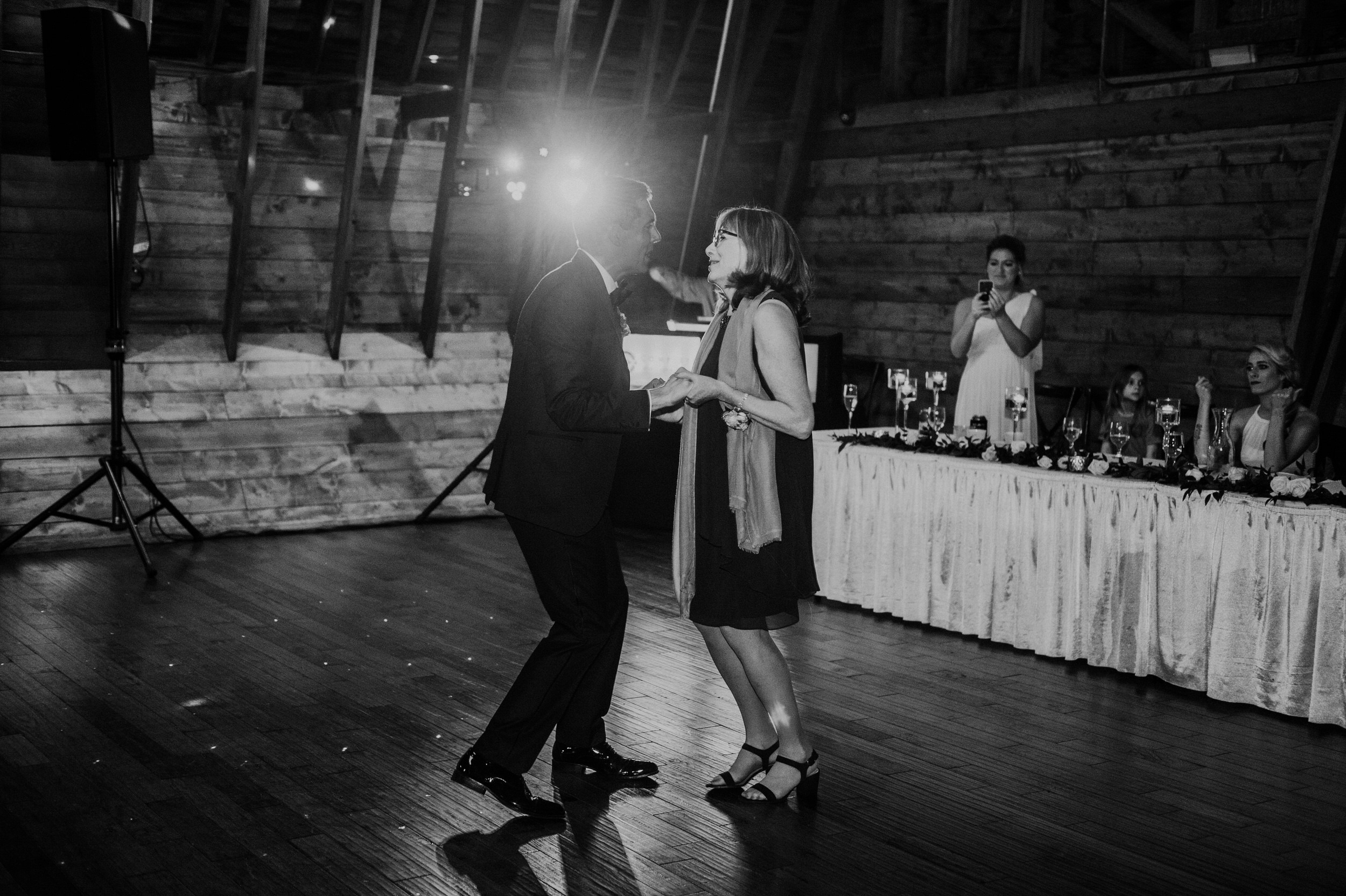 The Barn at the Ackerhurst Dairy Farm Omaha Nebraska Wedding Kaylie Sirek Photography129.jpg