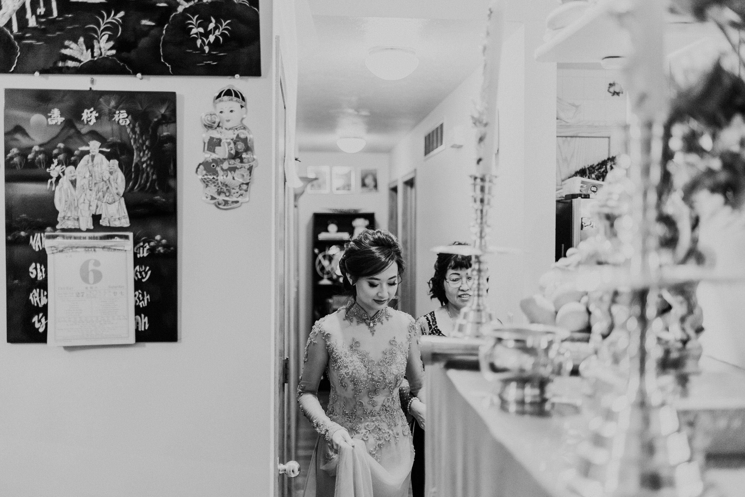 Traditional Vietnamese Tea Ceremony Creekside Barn Roca Berry Farm Wedding 063.jpg