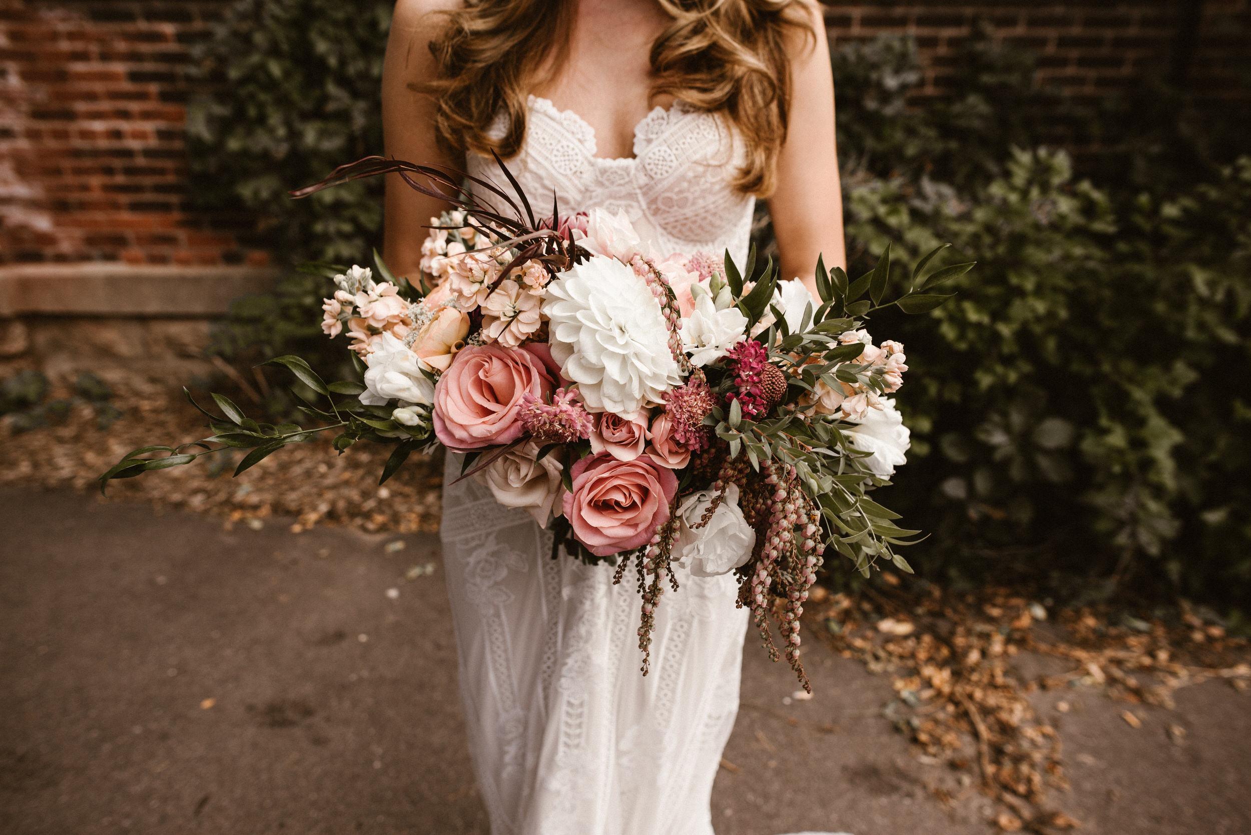 Stillwater-Minnesota-Wedding-Loft-at-Studio-J-Kaylie-Sirek-Photography-20.jpg