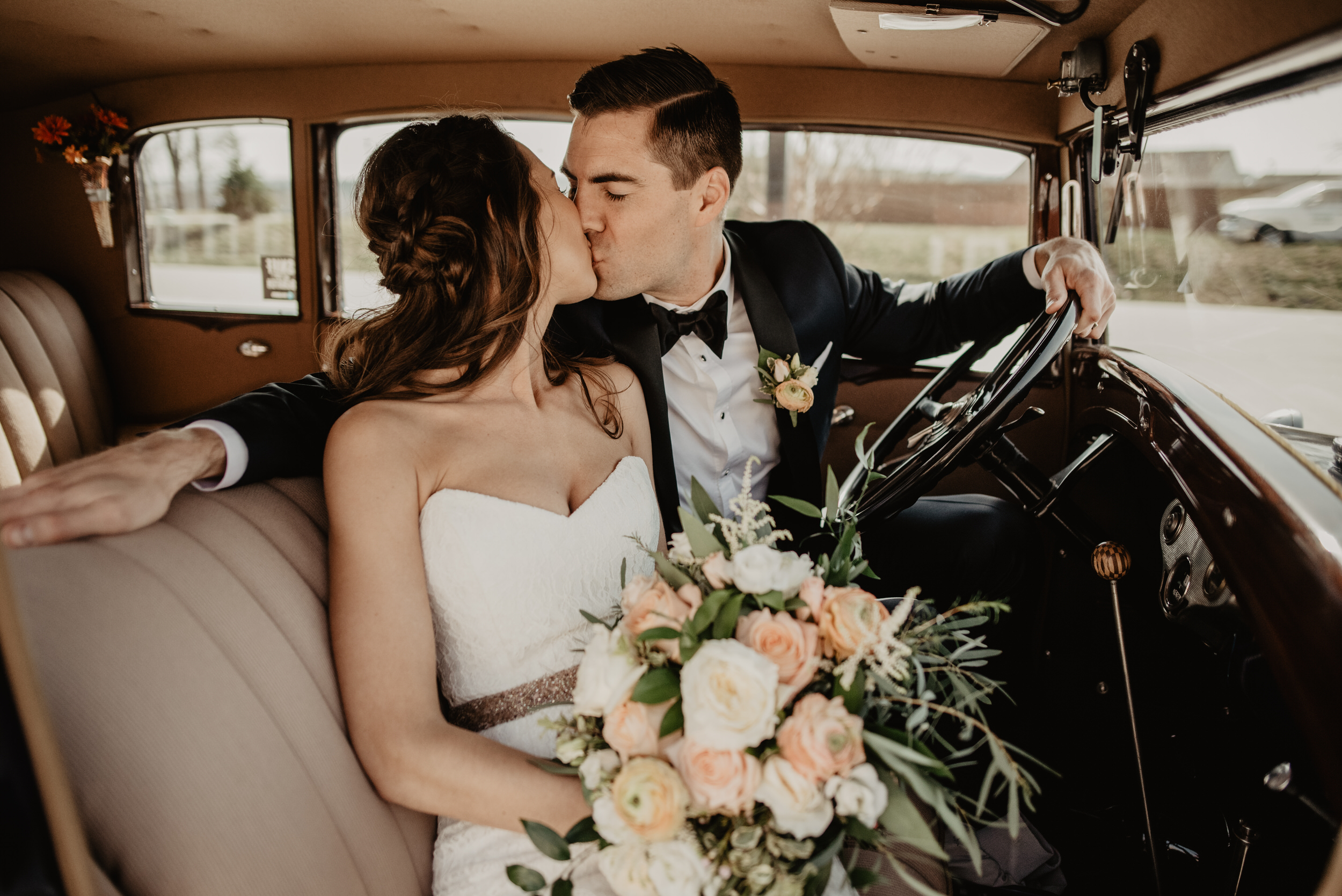 The+Barn+at+the+Ackerhurst+Dairy+Farm+Omaha+Nebraska+Wedding+Kaylie+Sirek+Photography051.jpg