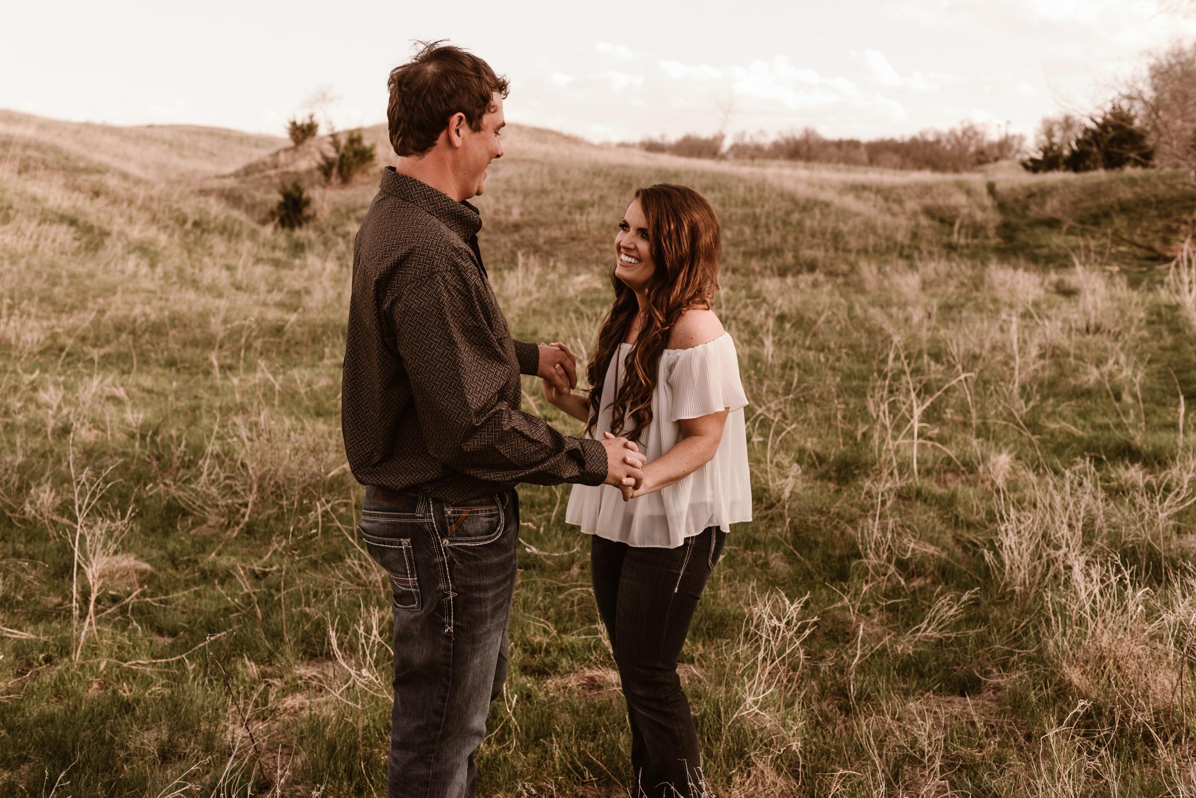 Sandhills-Nebraska-Engagement-Wedding-Photographer-Kaylie-Sirek-Photography-006.jpg