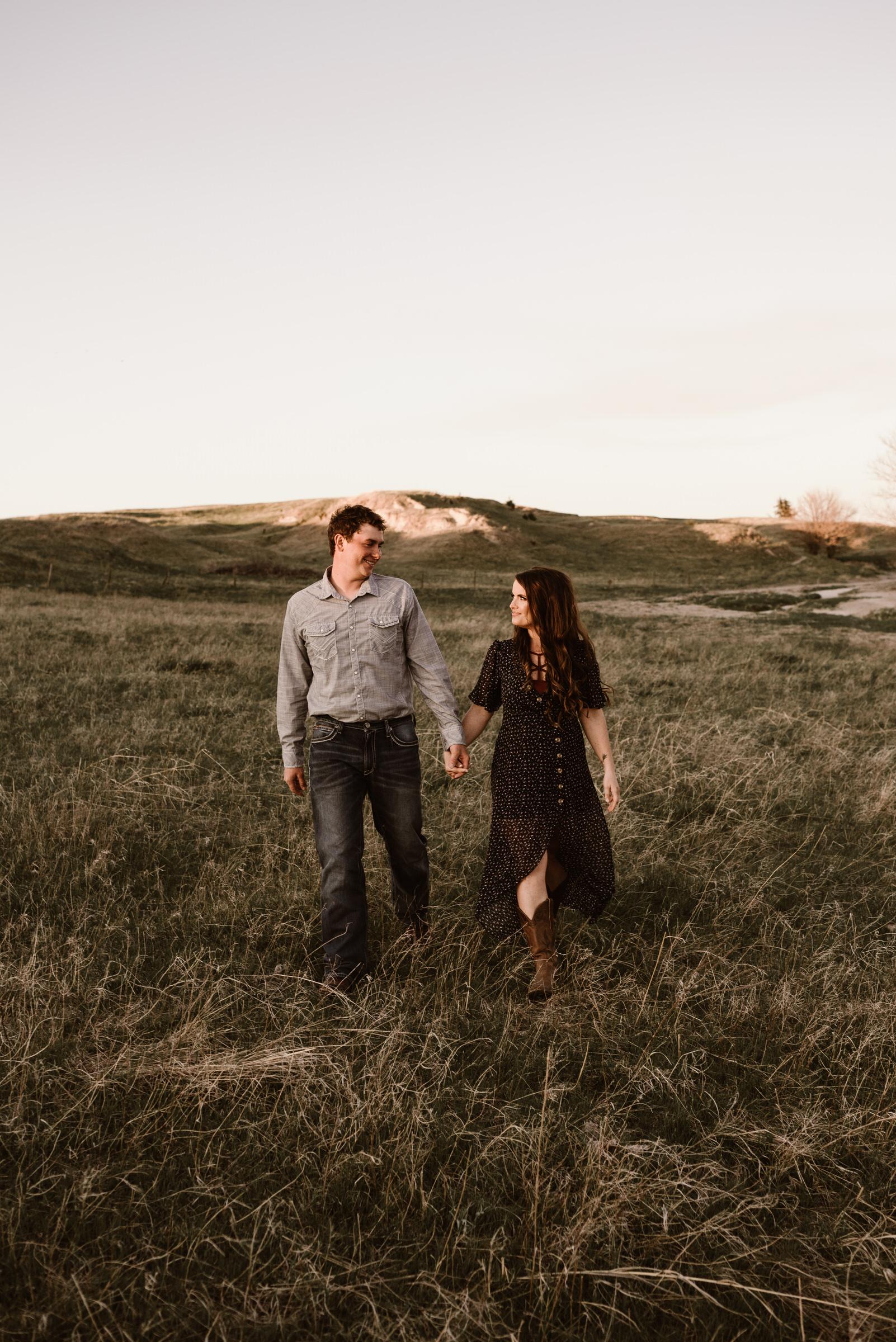 Sandhills-Nebraska-Engagement-Wedding-Photographer-Kaylie-Sirek-Photography-016.jpg
