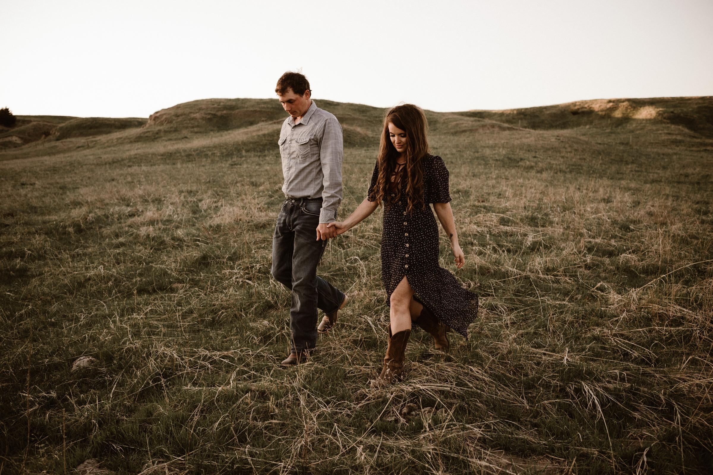 Sandhills-Nebraska-Engagement-Wedding-Photographer-Kaylie-Sirek-Photography-019.jpg