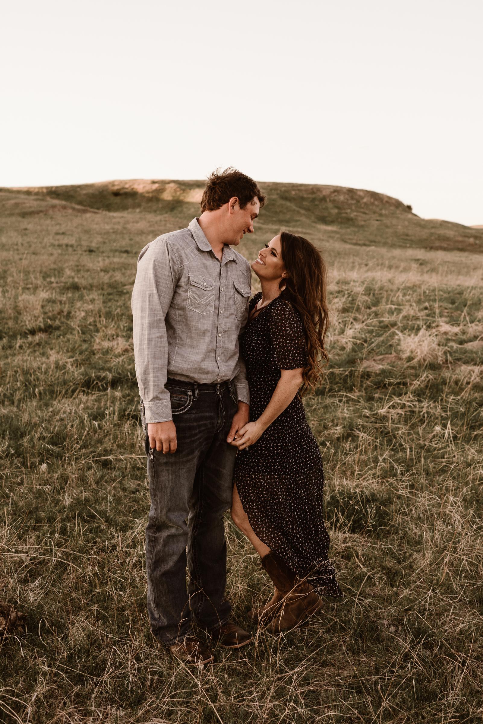 Sandhills-Nebraska-Engagement-Wedding-Photographer-Kaylie-Sirek-Photography-020.jpg