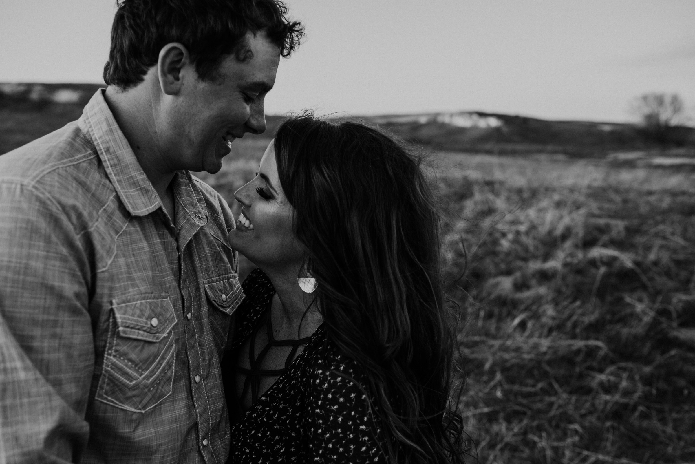 Sandhills-Nebraska-Engagement-Wedding-Photographer-Kaylie-Sirek-Photography-024.jpg