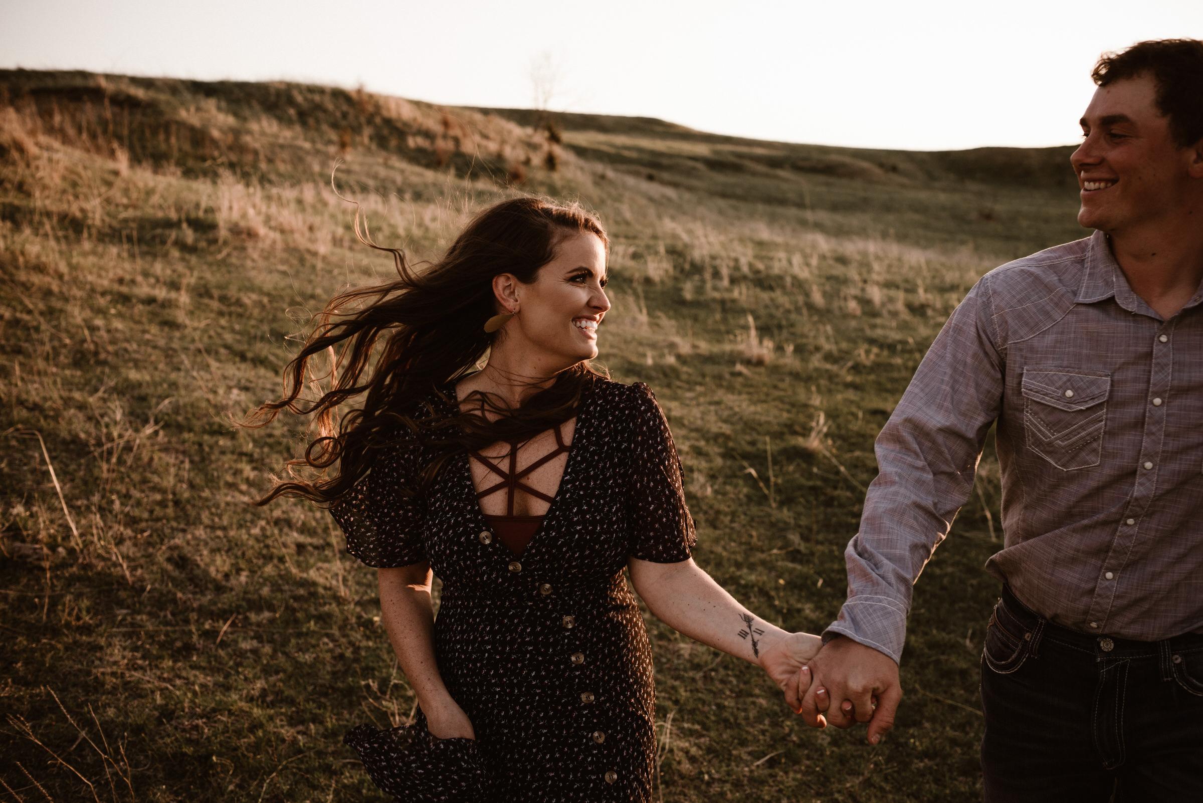 Sandhills-Nebraska-Engagement-Wedding-Photographer-Kaylie-Sirek-Photography-028.jpg