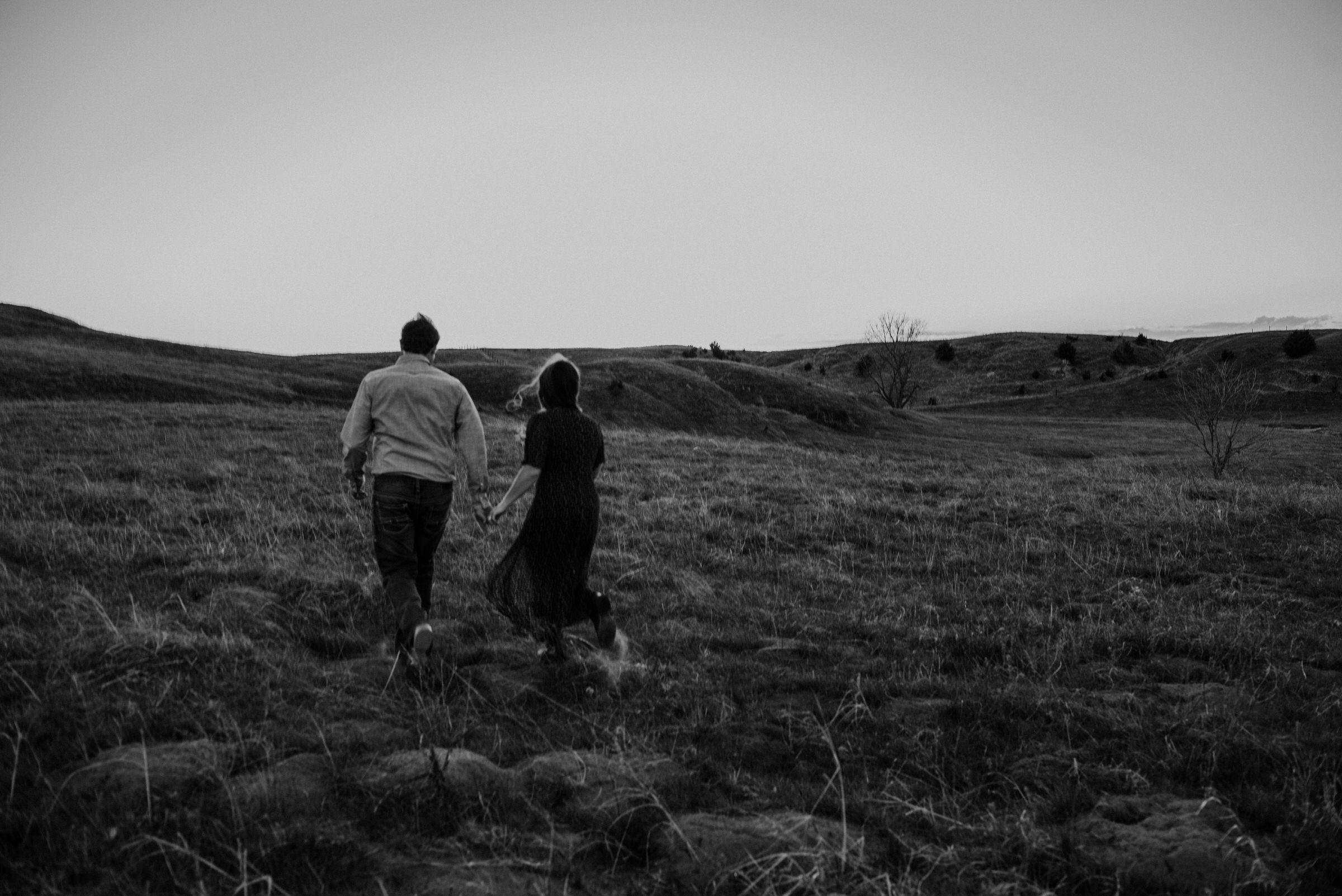 Sandhills-Nebraska-Engagement-Wedding-Photographer-Kaylie-Sirek-Photography-041.jpg
