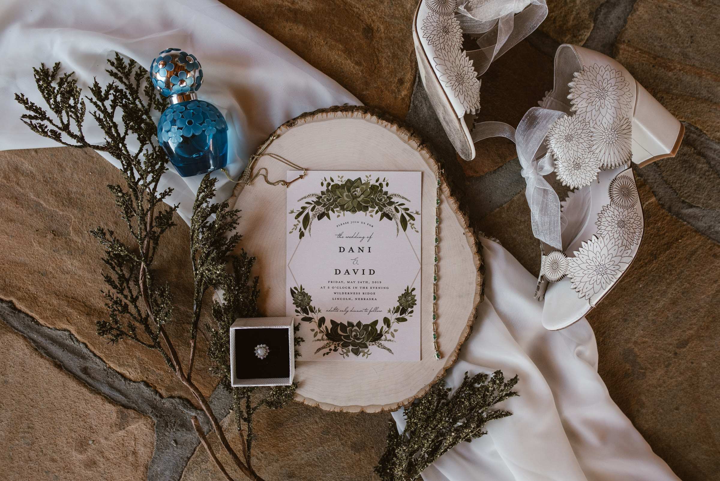 Wilderness-Ridge-Lincoln-Nebraska-Wedding-Kaylie-Sirek-Photography-014.jpg