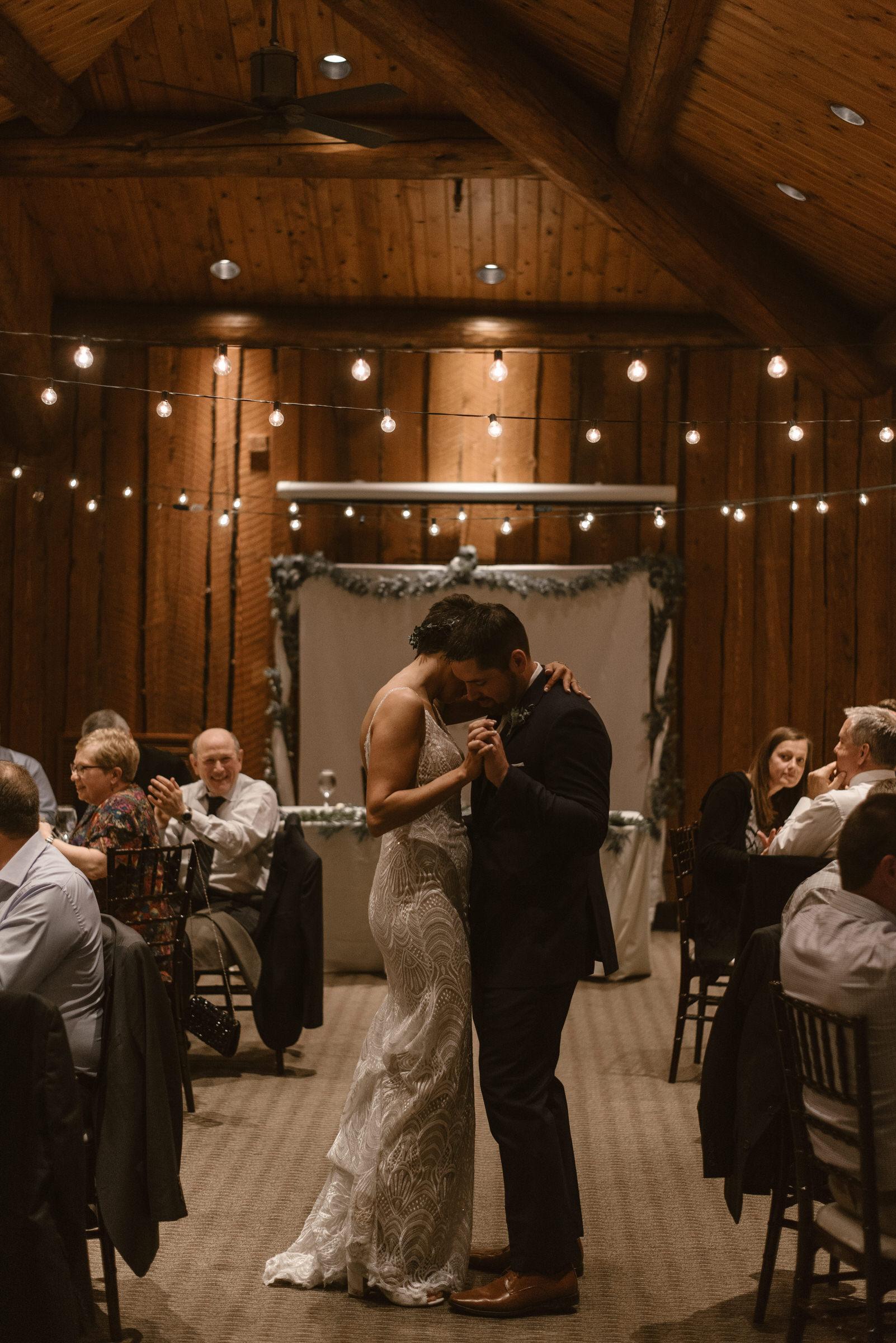 Wilderness-Ridge-Lincoln-Nebraska-Wedding-Kaylie-Sirek-Photography-093.jpg