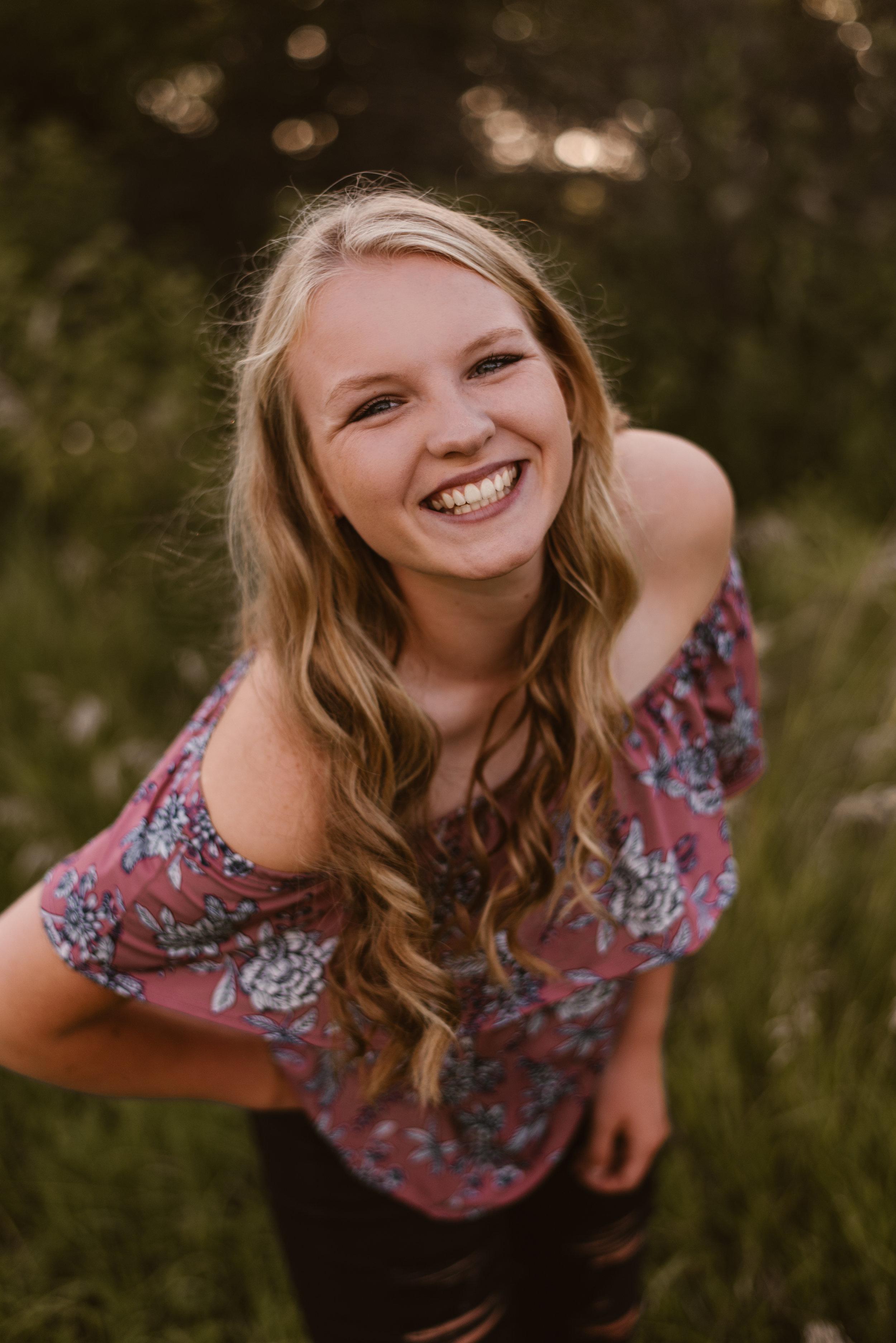 Kaylie-Sirek-Photography-Grand-Island-Nebraska-Senior-003.jpg