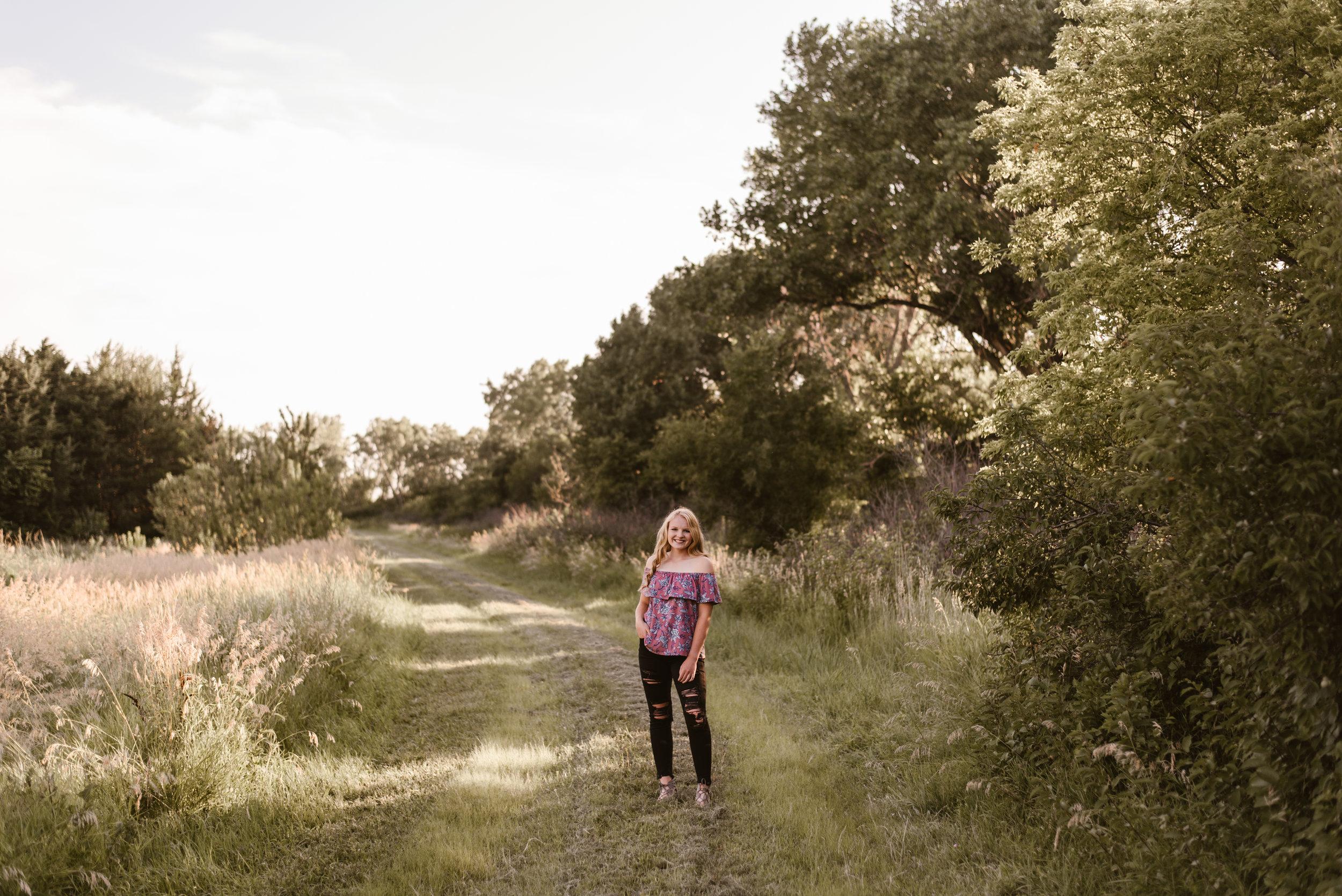 Kaylie-Sirek-Photography-Grand-Island-Nebraska-Senior-004.jpg