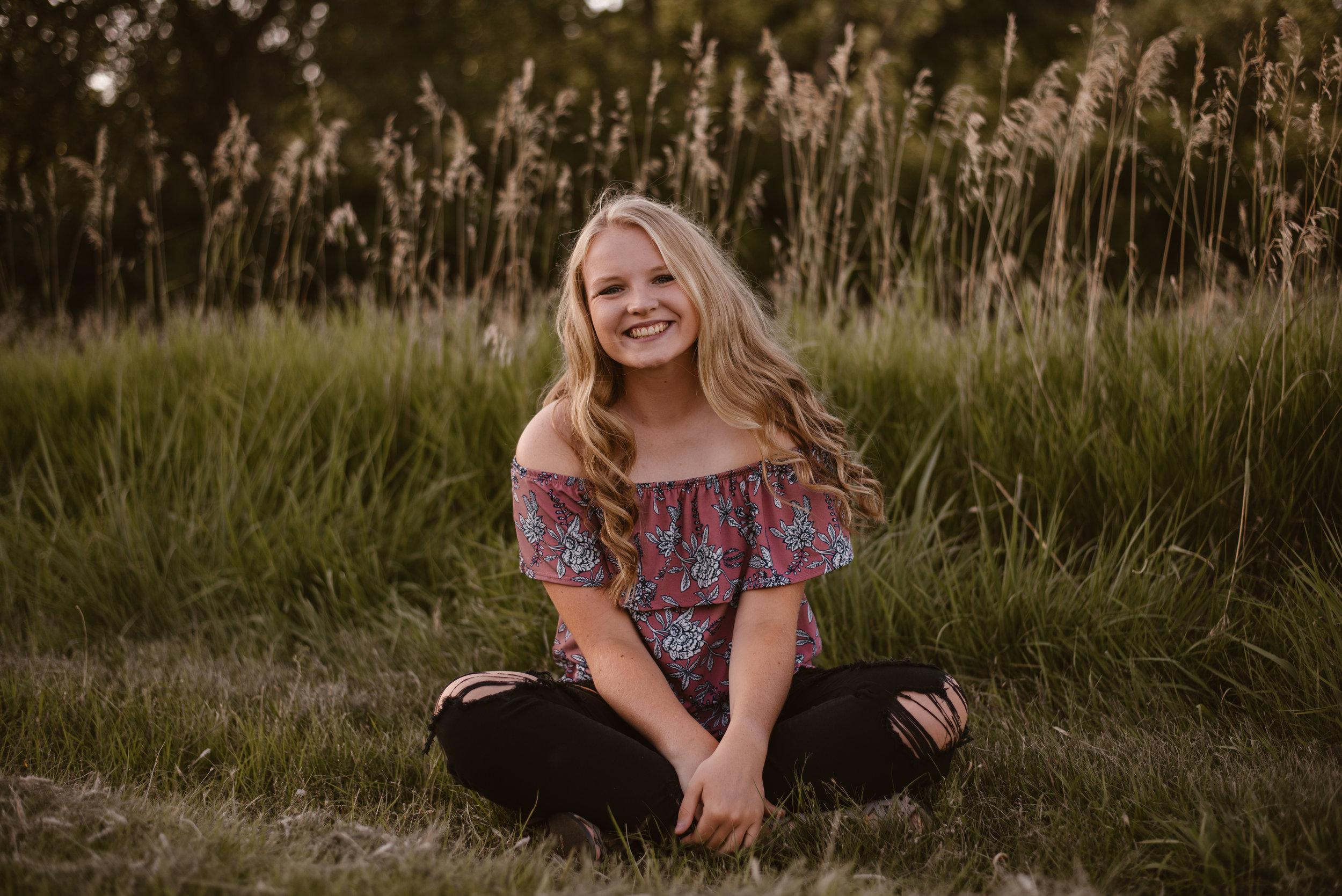 Kaylie-Sirek-Photography-Grand-Island-Nebraska-Senior-009.jpg