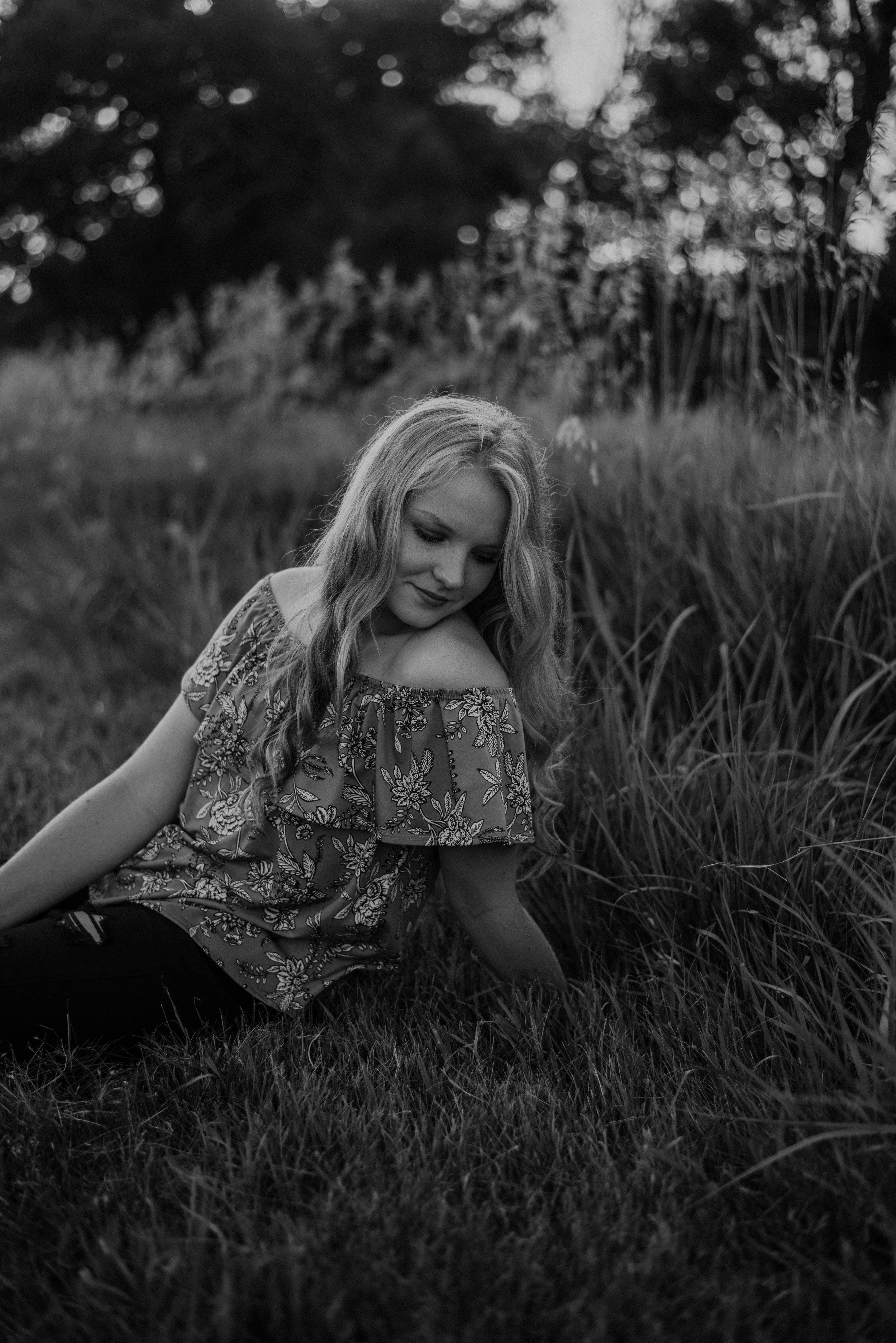 Kaylie-Sirek-Photography-Grand-Island-Nebraska-Senior-010.jpg