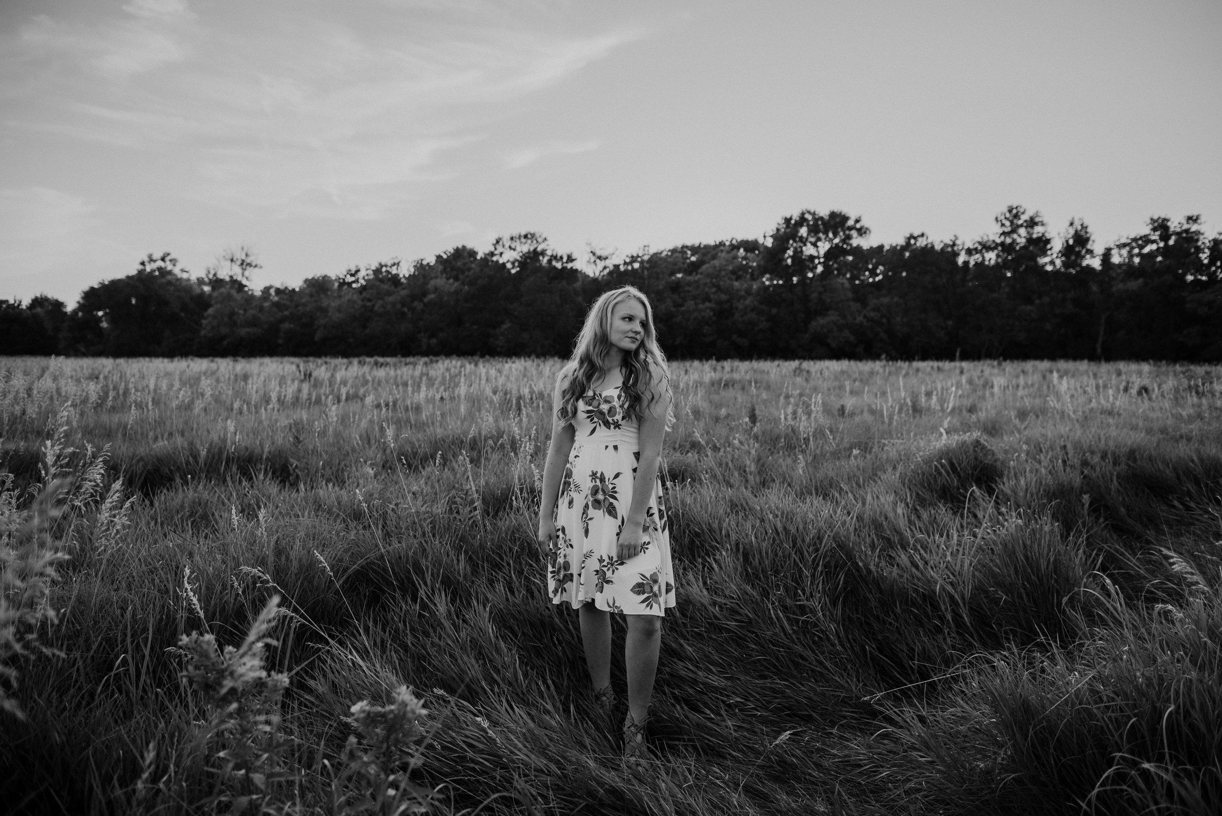 Kaylie-Sirek-Photography-Grand-Island-Nebraska-Senior-016.jpg