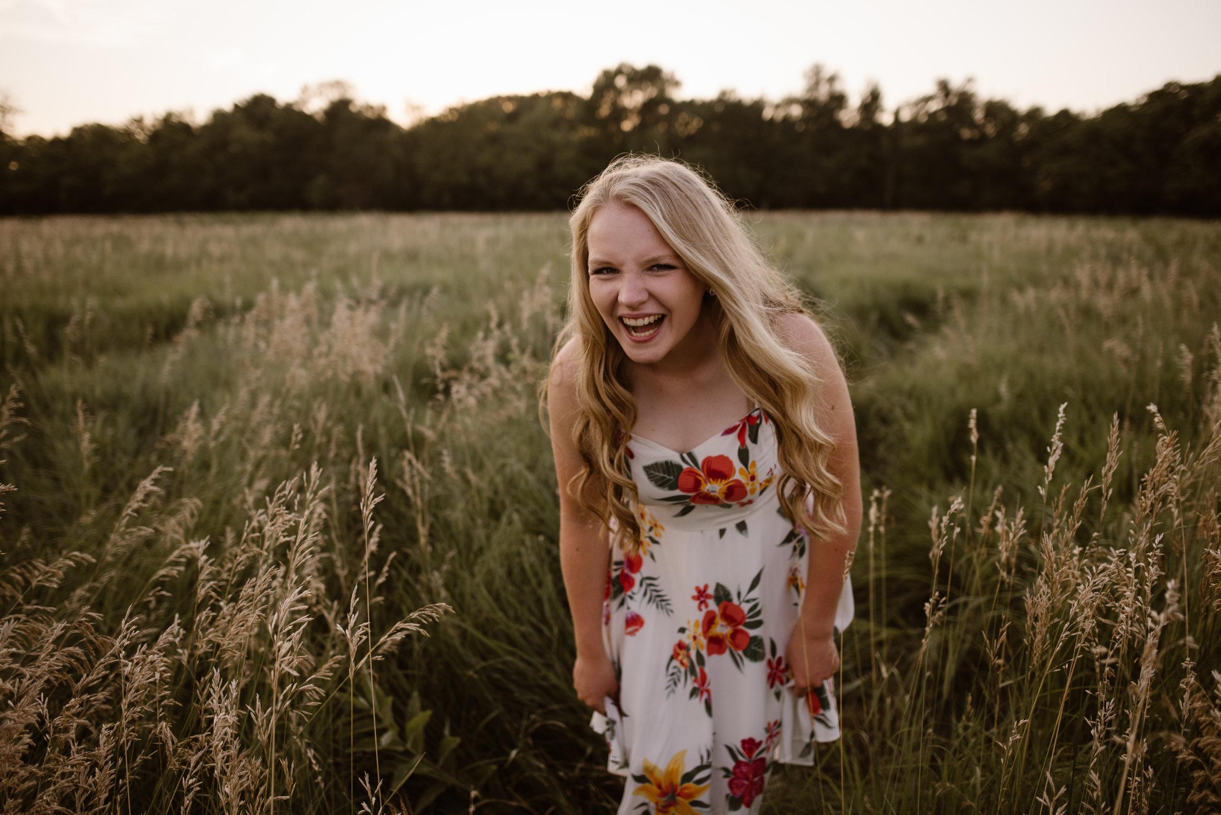 Kaylie-Sirek-Photography-Grand-Island-Nebraska-Senior-018.jpg
