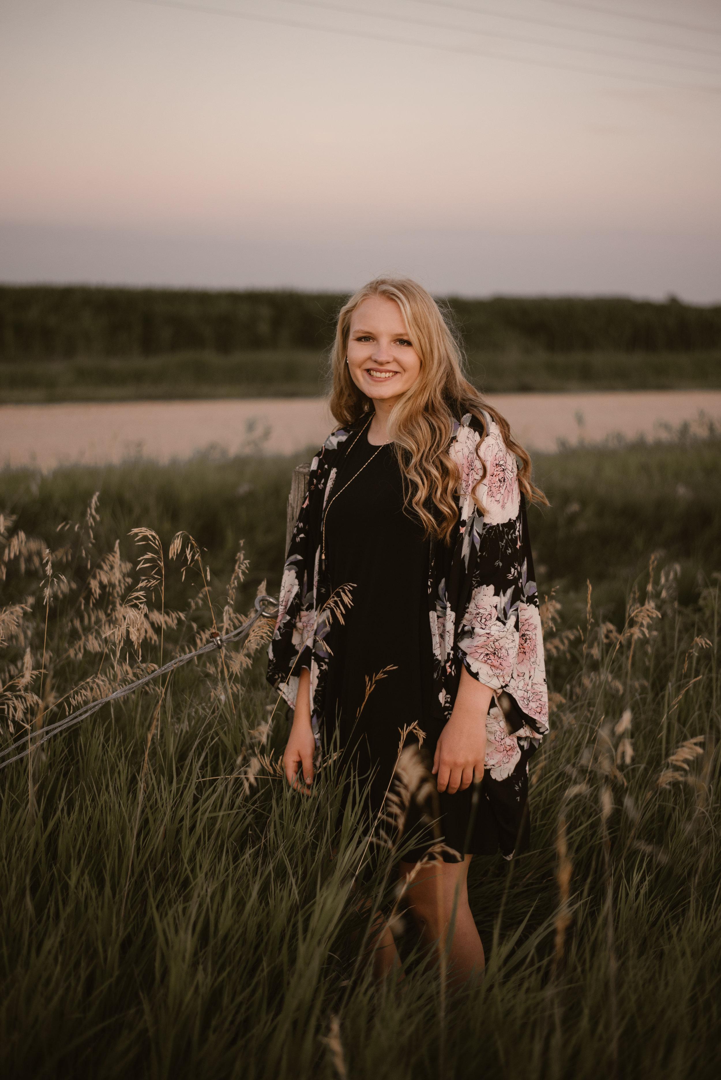 Kaylie-Sirek-Photography-Grand-Island-Nebraska-Senior-022.jpg