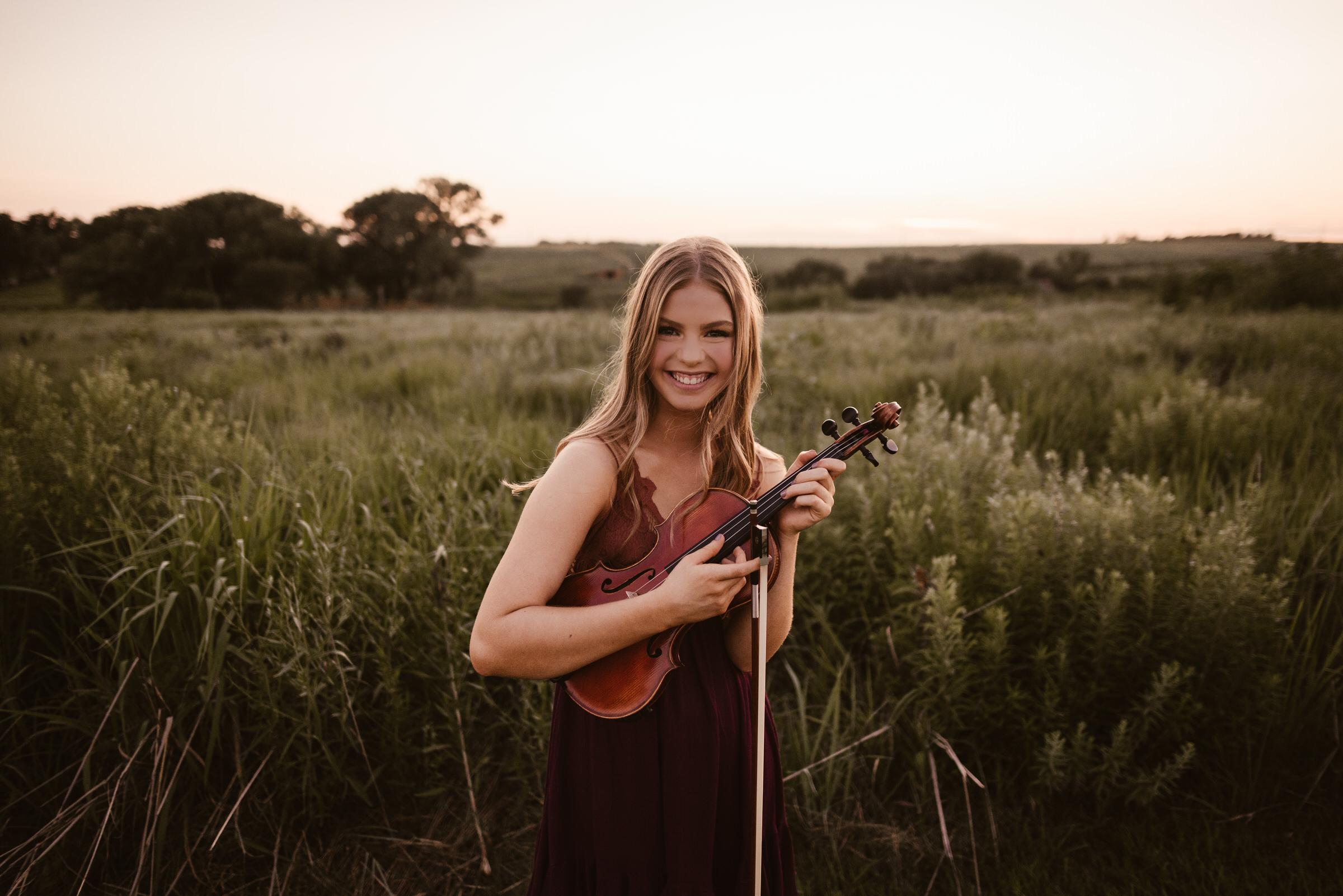 Kaylie-Sirek-Photography-Lincoln-Nebraska-Senior-038.jpg