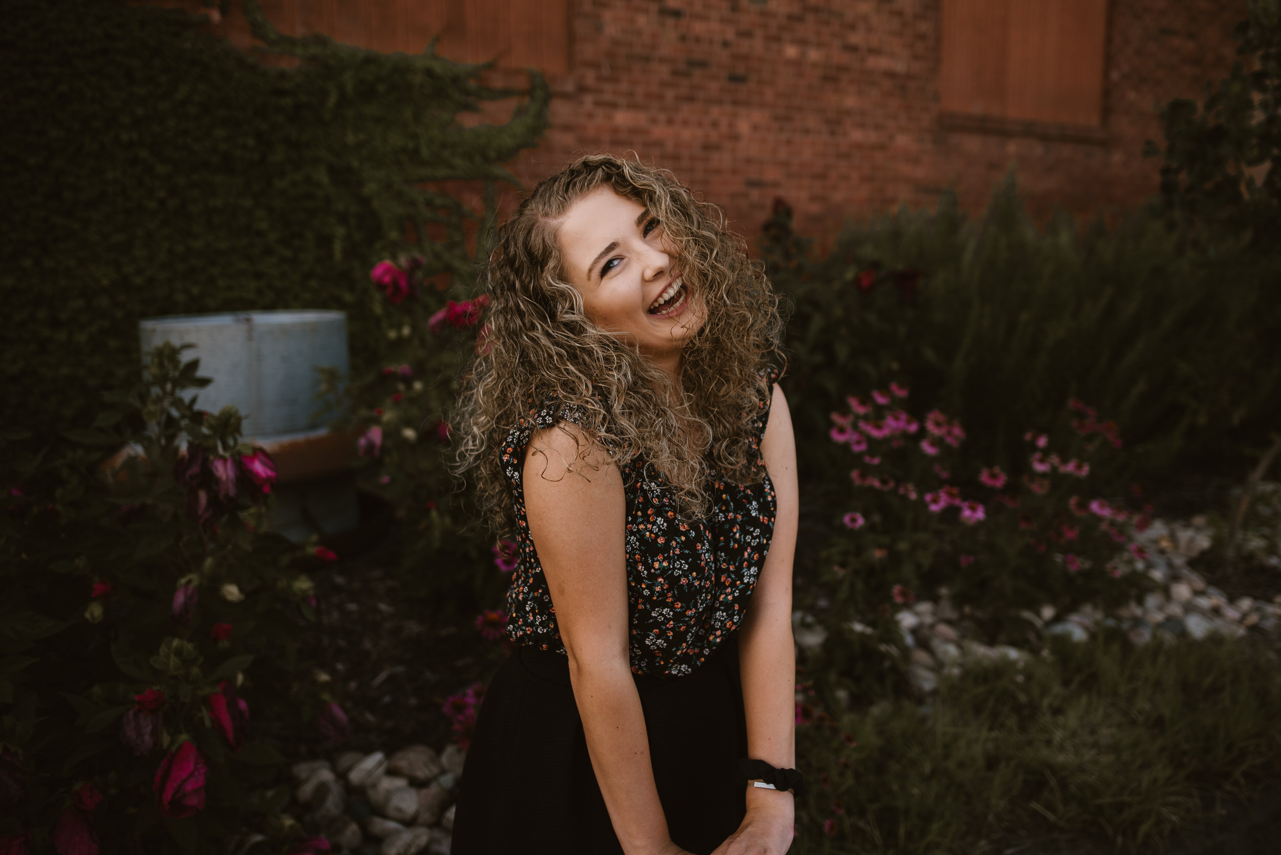 Kaylie-Sirek-Photography-York-High-School-Senior-010.jpg