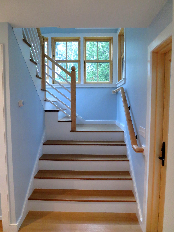 Kerlin stairs7.jpg