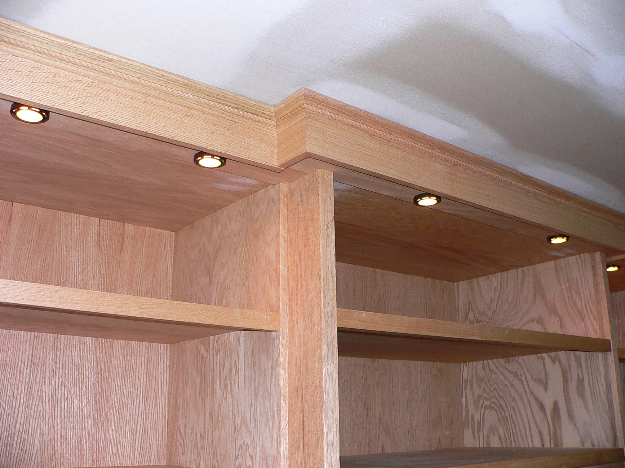 red oak bookcases 007.jpg