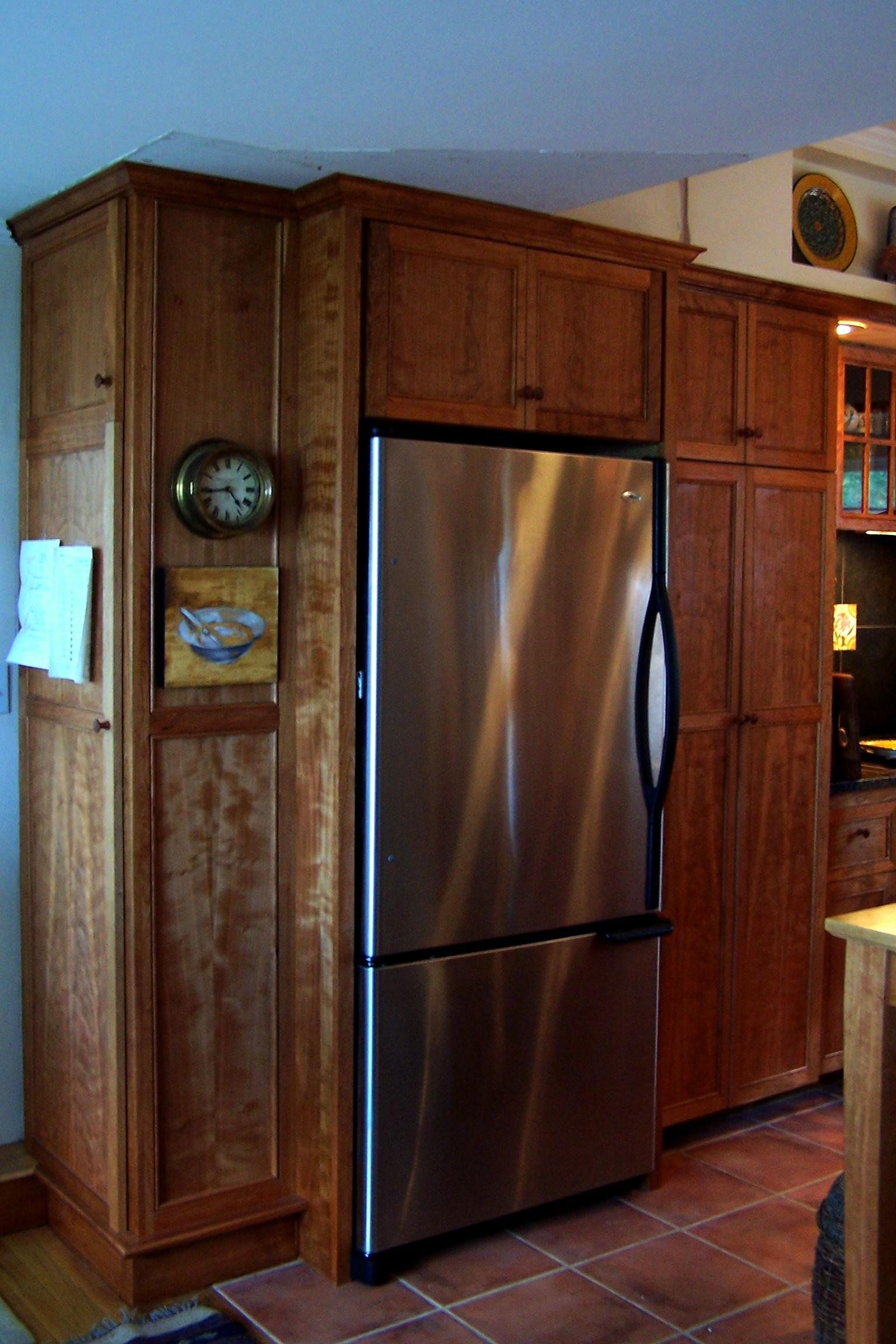 adjusted wang fridge surround.JPG
