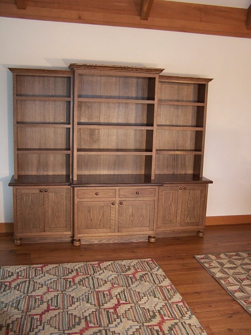 oak bookcase.JPG