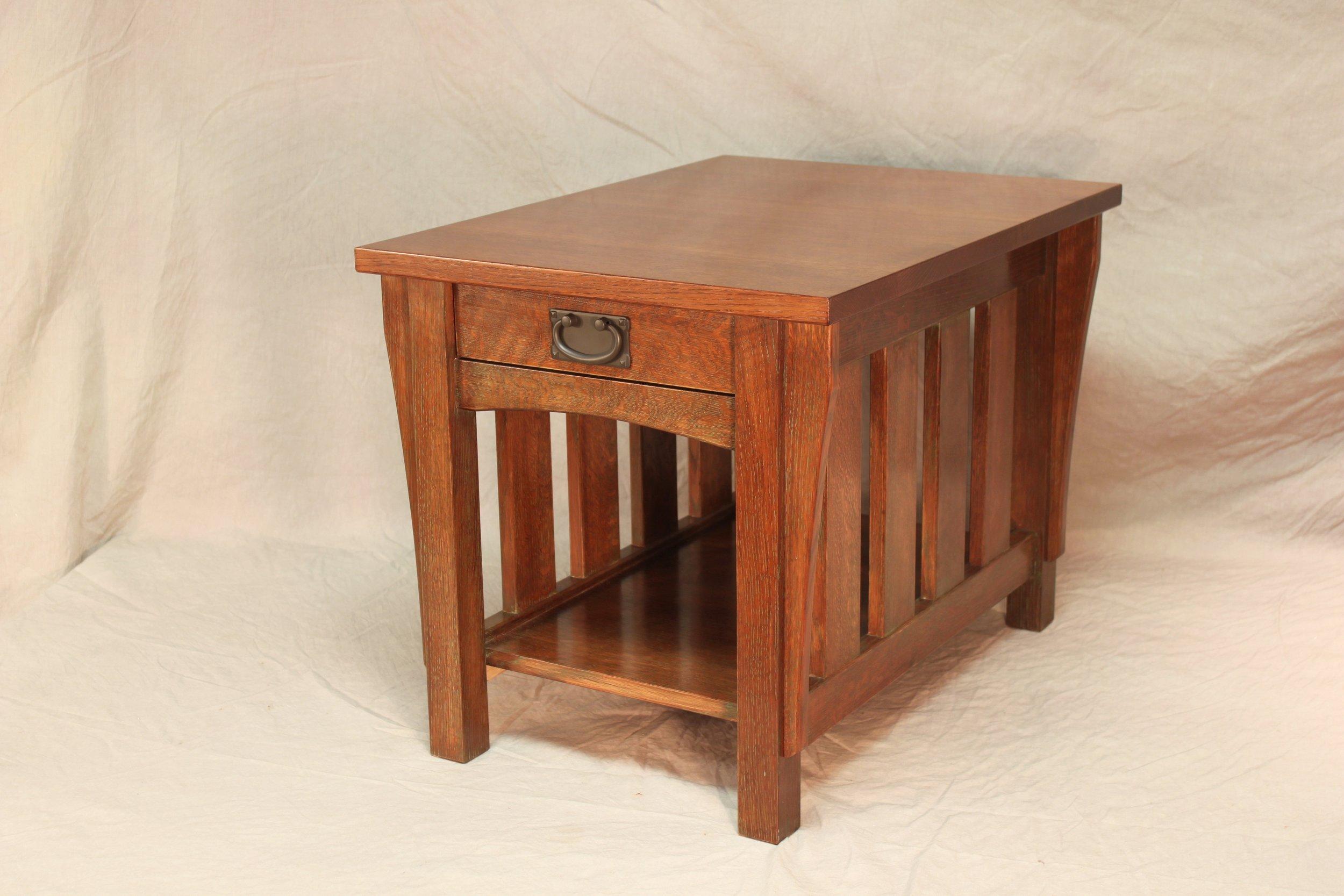 oak end table3JPG.JPG