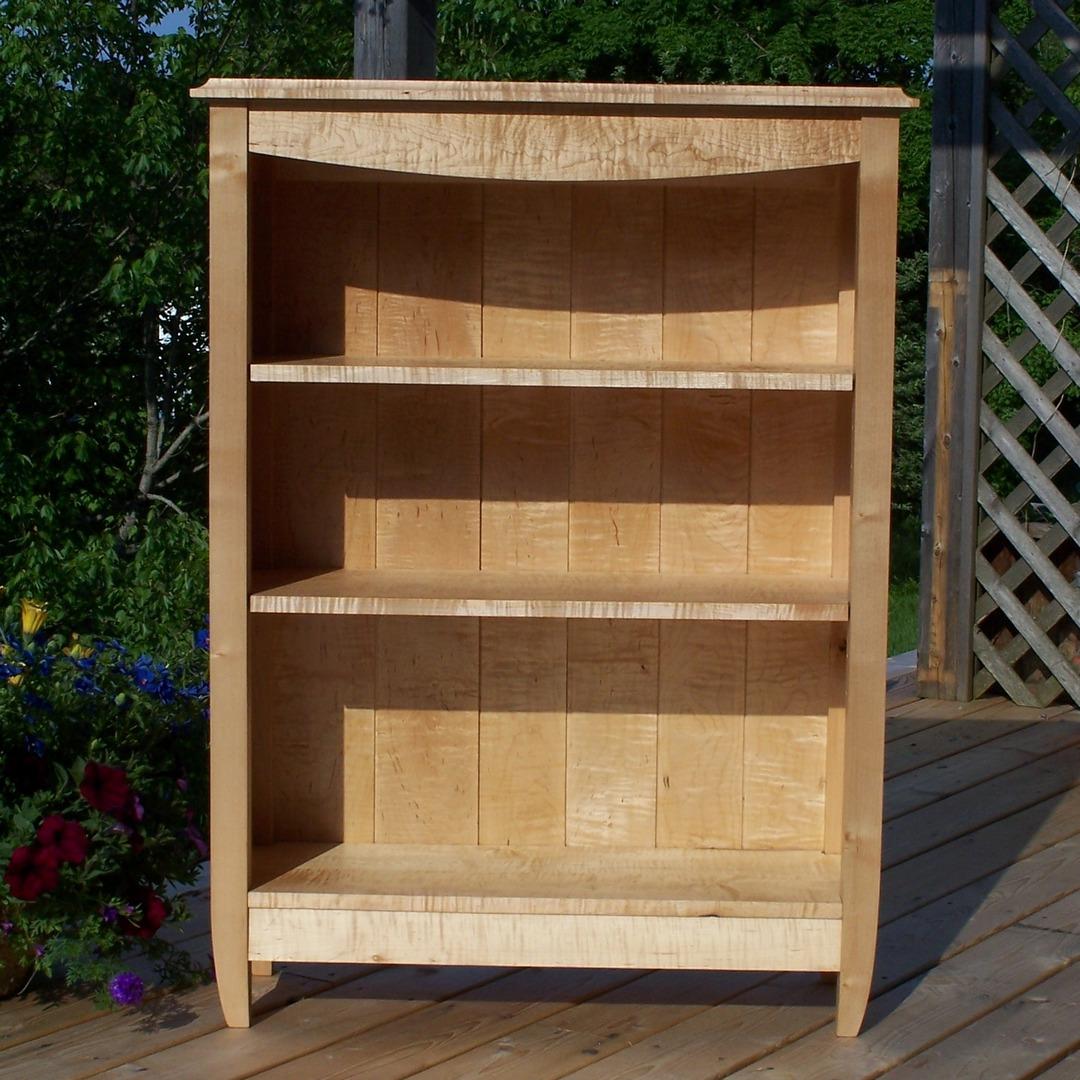 maple bookcase.JPG