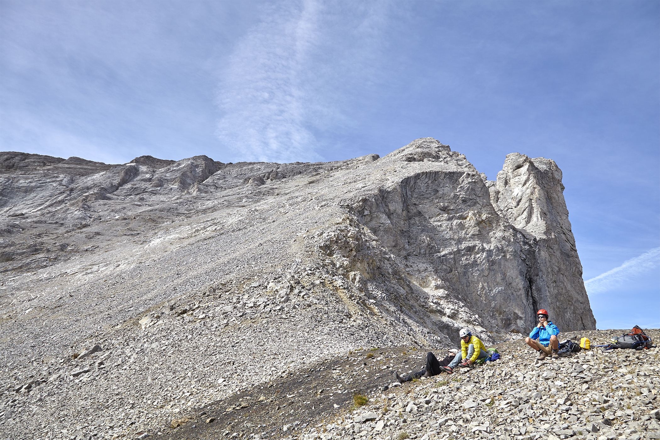 Milan and Yuri get ready for the steep ascent up Mount Tyrwhitt.