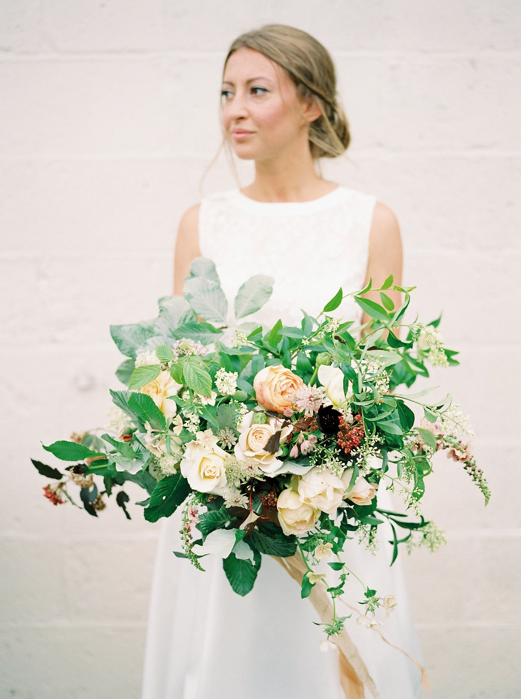 imogenxianabouquet-24.jpg June large asymetrical bouquet with silk ribbons.jpg