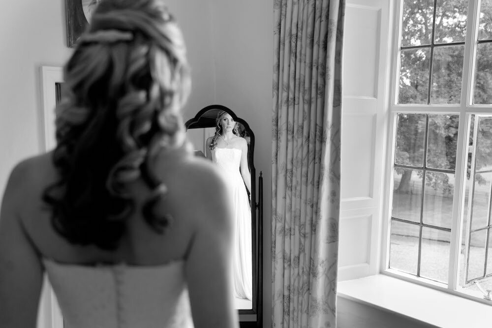 Getting ready - 26.06.16 Louise & Phil - James Davidson Photography.jpg