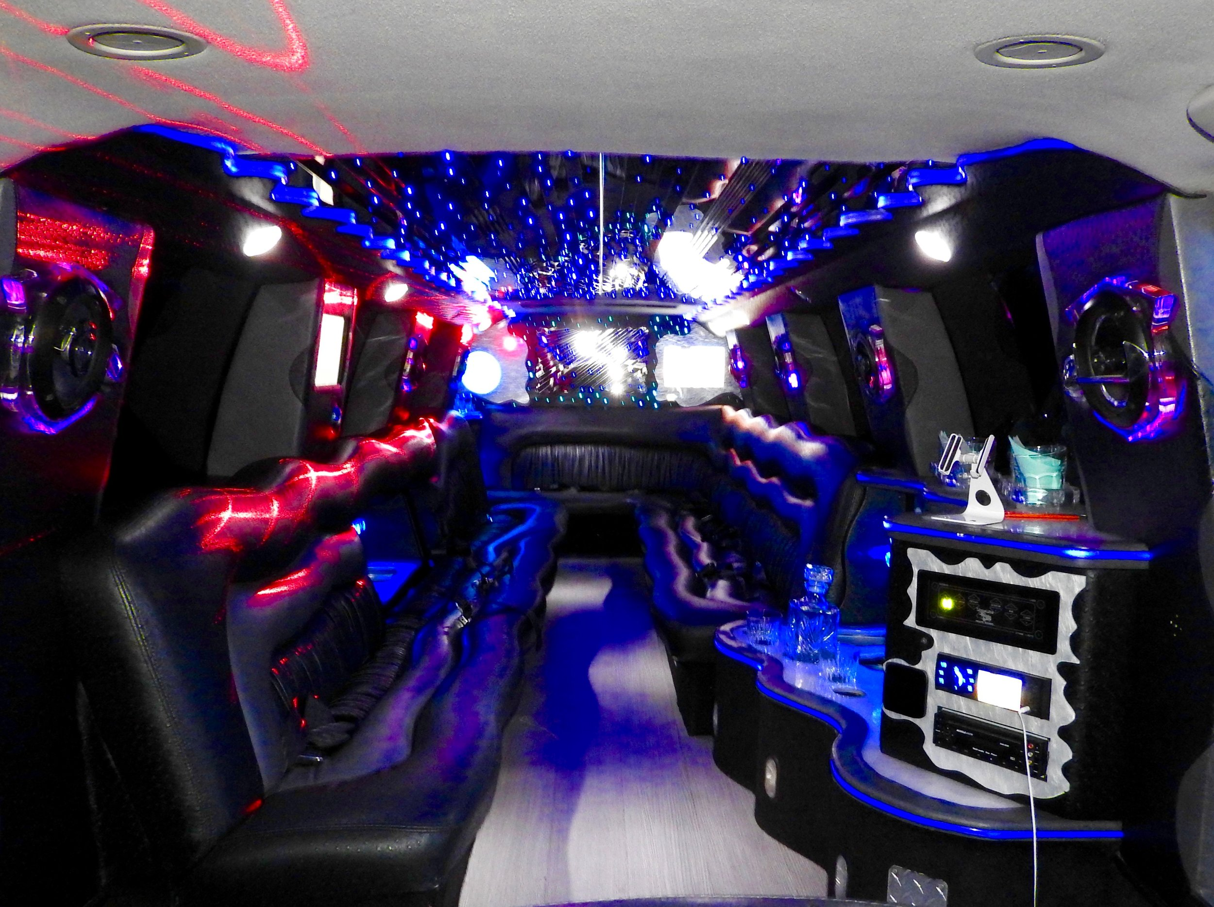 Utah Royalty Limo Ride in Confort, Luxury & Safety