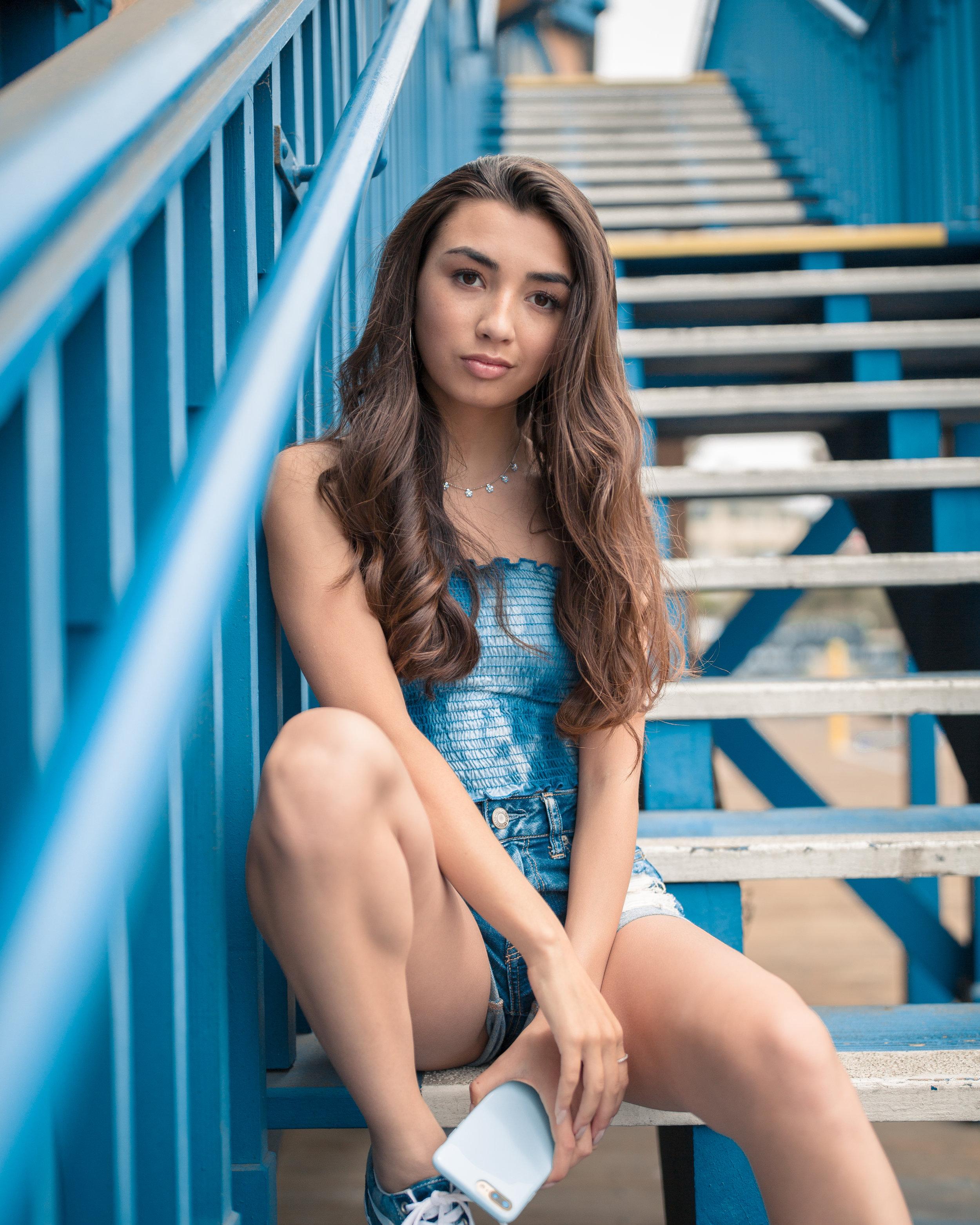 Model : Kelsey Leon