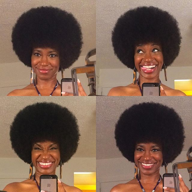 Afro-licious! Sometimes the cure for boredom is going back to a classic✌🏾️ Happy Friday!!💖