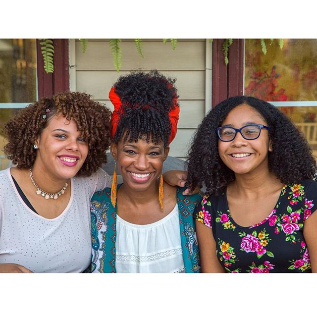 Adorable curly girls who came w/their moms to our event! Teens embracing their hair makes my heart swell!!💖🙌🏾@ilovemydaughtershair