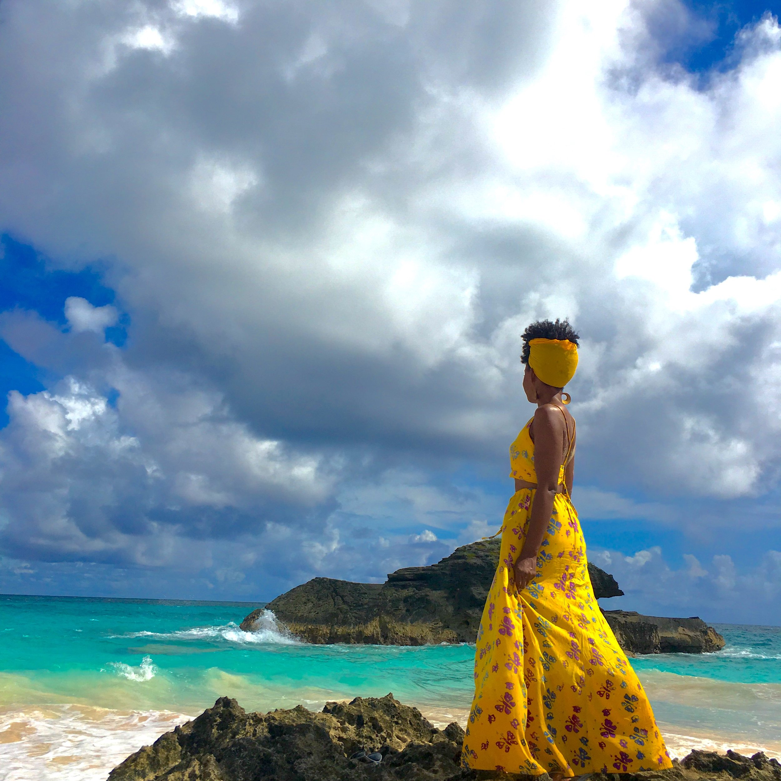 Taking in the sights is where your attention should be!  Not on your hair.  (Horseshoe Bay Beach, Bermuda)