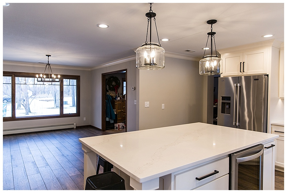 This beautiful kitchen and dinning room remodel was completed by Big River Builders. For more of their work click  HERE!