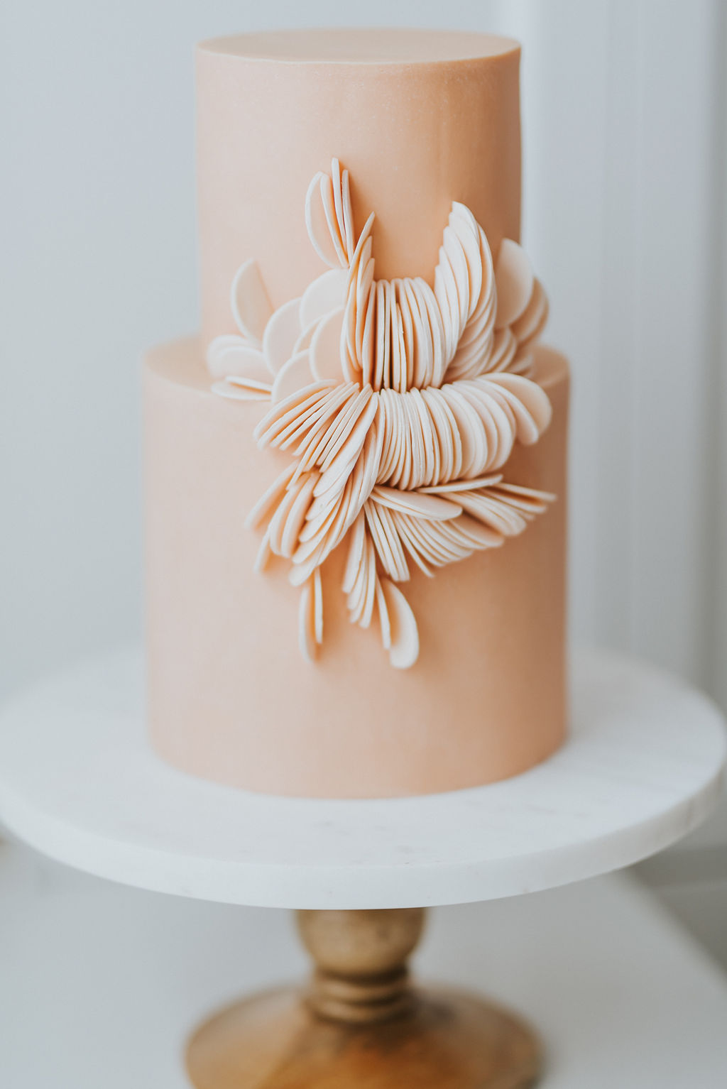 montreal_wedding_designer_cake_coral_cupkateandco.jpg
