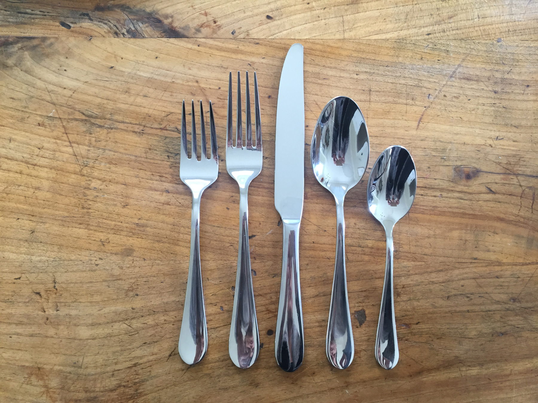 5 Piece Towle Silverware : Dinner fork, knife and spoon, dessert fork and tea/coffee spoon.  Fee: $3/set