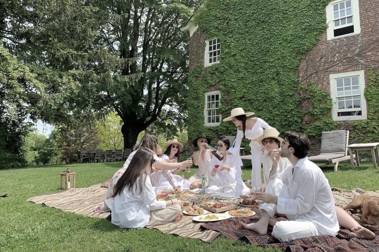 picnicoutdoors.jpg